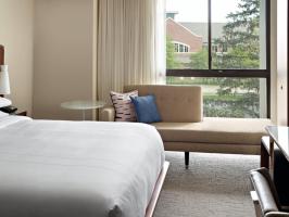 Hotel Marriott At The University Of Dayton image