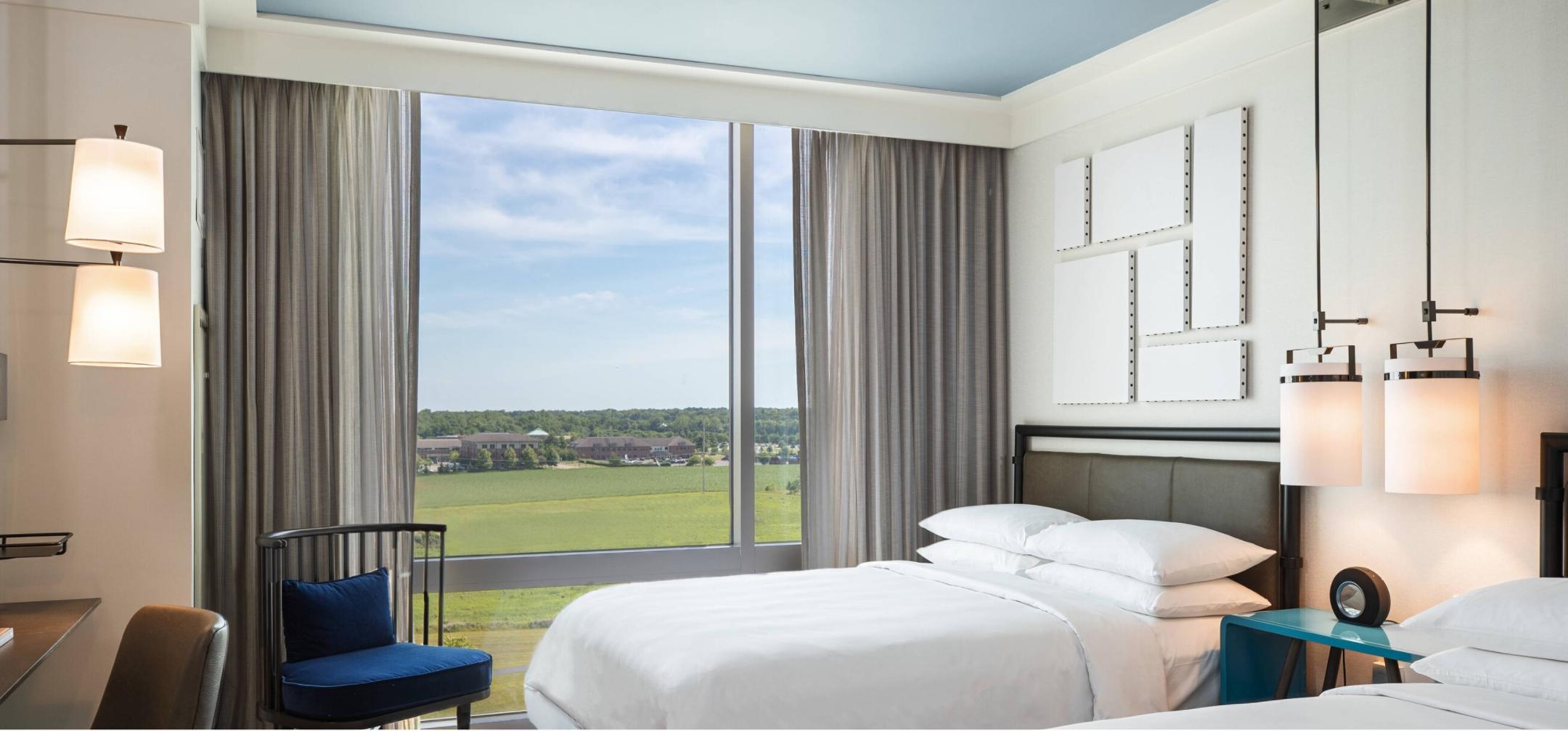 https://www.hotelsbyday.com/_data/default-hotel_image/3/18532/screenshot-2020-06-12-at-5-31-05-pm.png