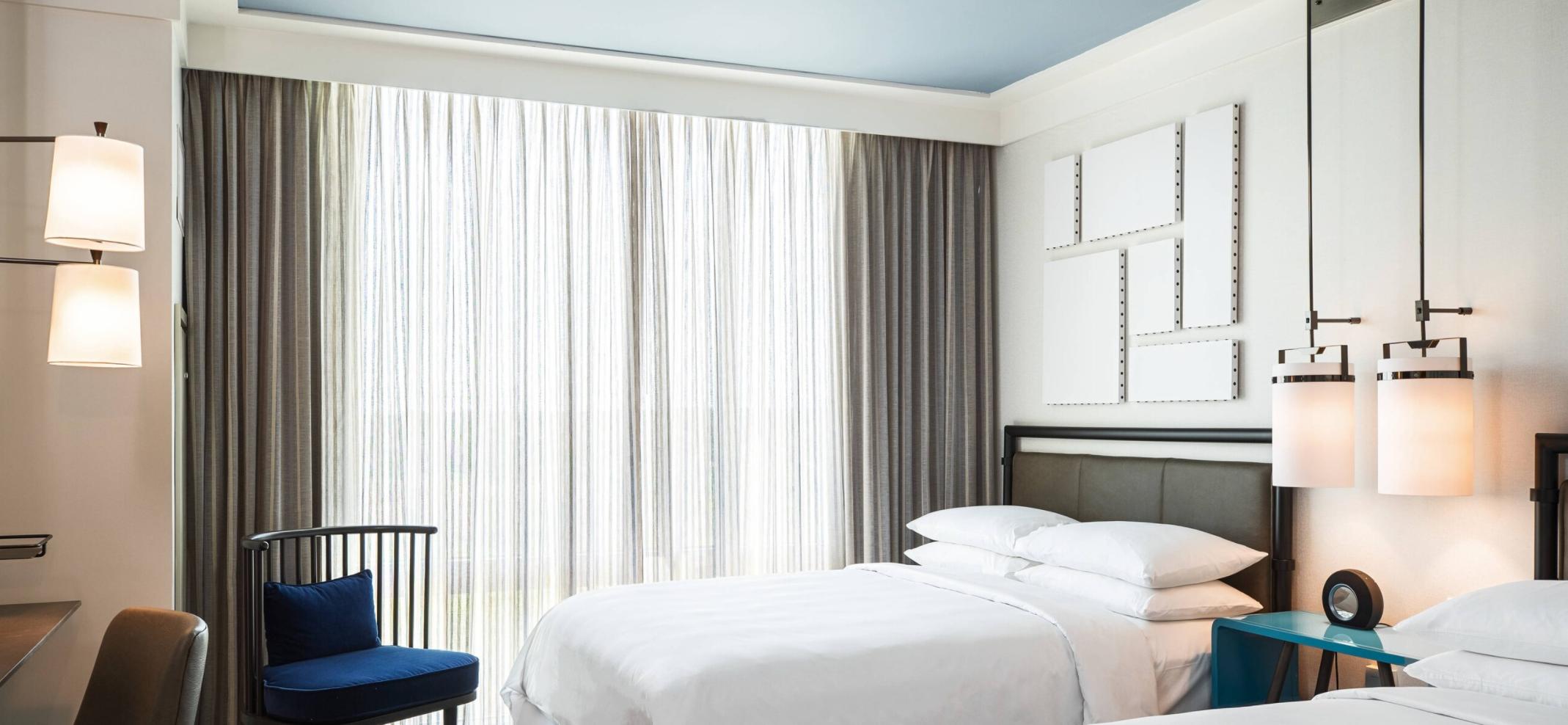https://www.hotelsbyday.com/_data/default-hotel_image/3/18539/screenshot-2020-06-12-at-5-30-44-pm.png