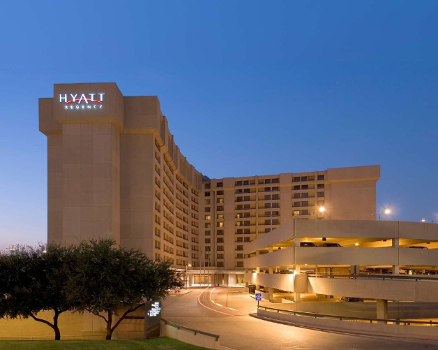 https://www.hotelsbyday.com/_data/default-hotel_image/3/18550/hyatt.png
