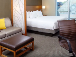 Hotel Hyatt Place Cleveland/Lyndhurst/Legacy Village image