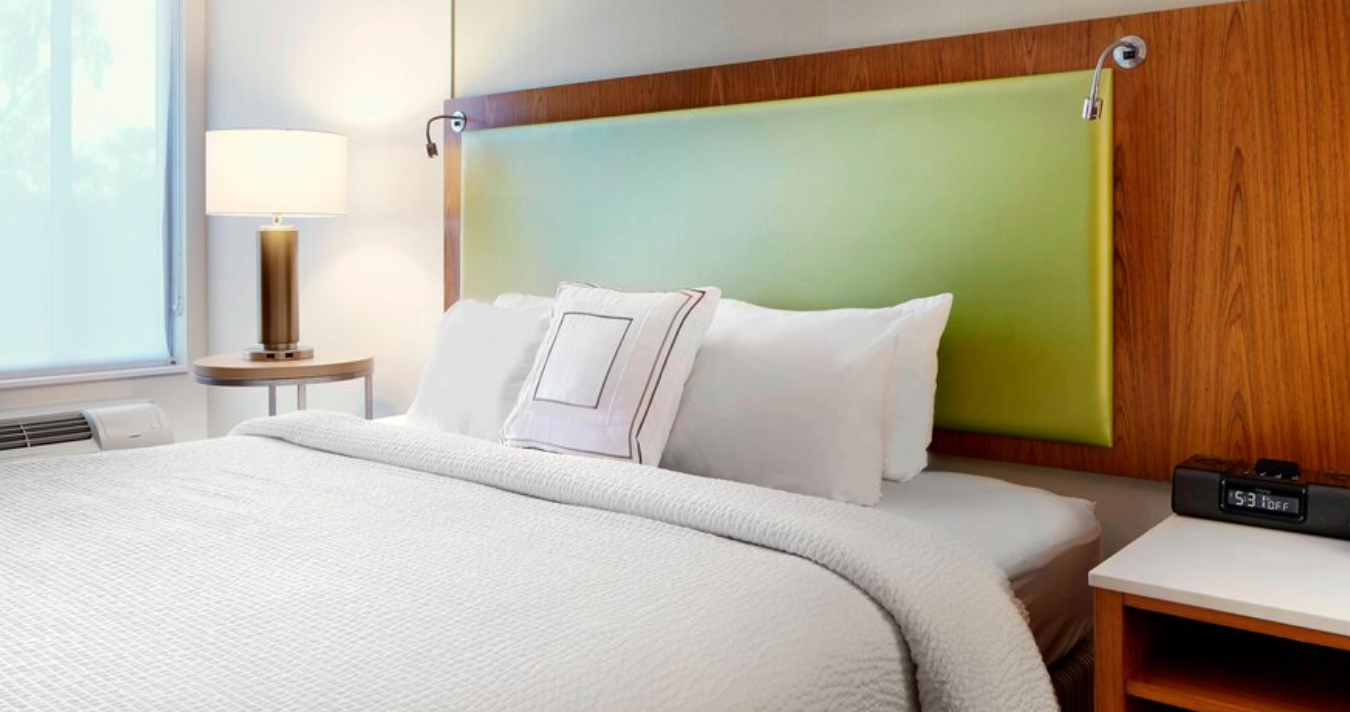 https://www.hotelsbyday.com/_data/default-hotel_image/3/18619/screenshot-2020-06-13-at-12-00-49-pm.png