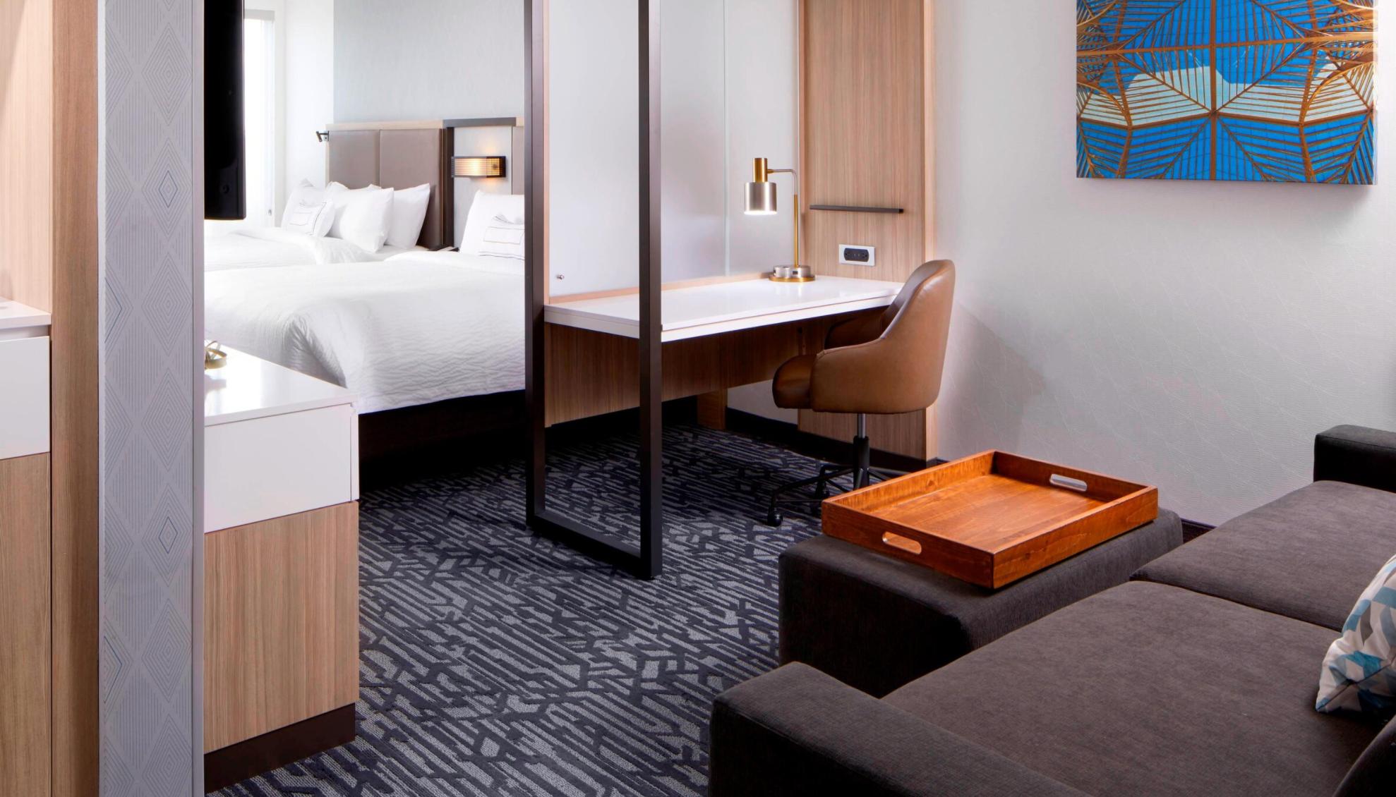 https://www.hotelsbyday.com/_data/default-hotel_image/3/18637/screenshot-2020-06-13-at-12-12-27-pm.png