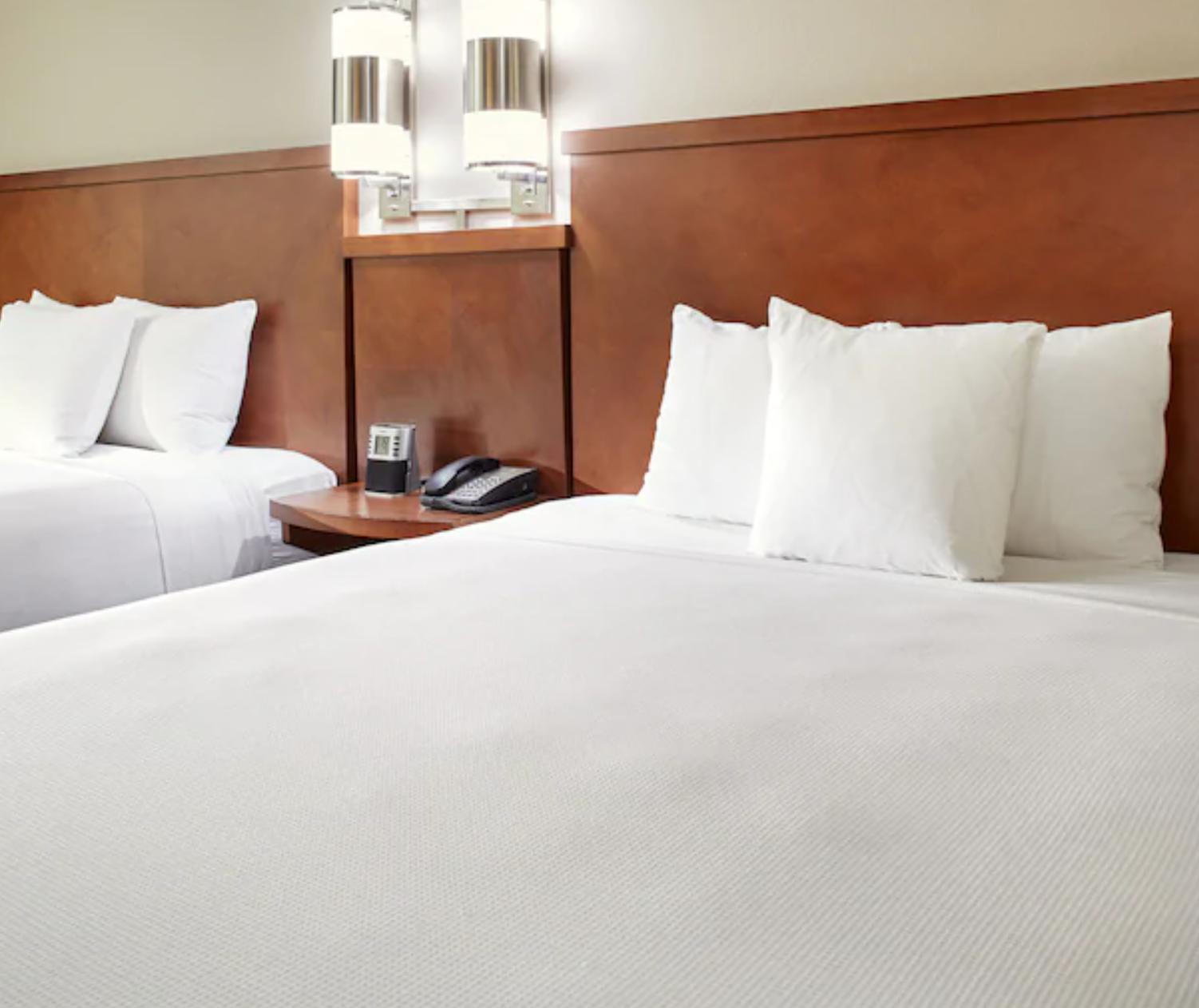 https://www.hotelsbyday.com/_data/default-hotel_image/3/18649/screenshot-2020-06-13-at-12-23-26-pm.png