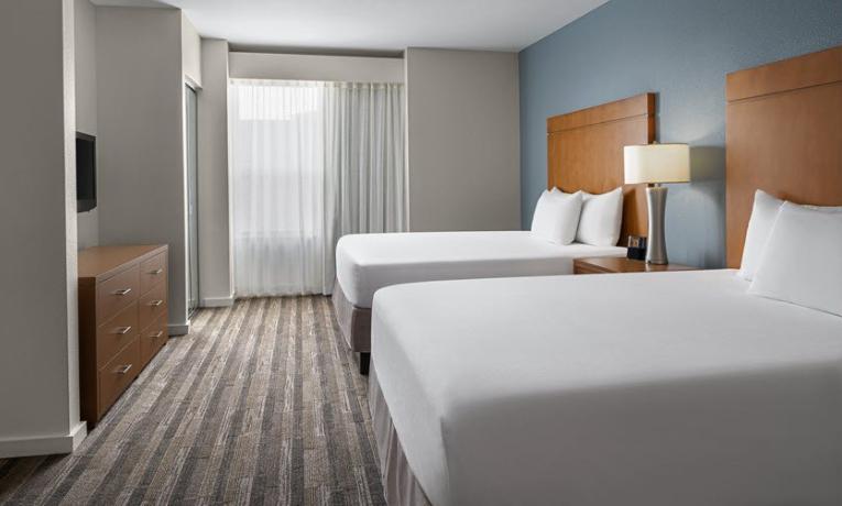 https://www.hotelsbyday.com/_data/default-hotel_image/3/18663/bed.png