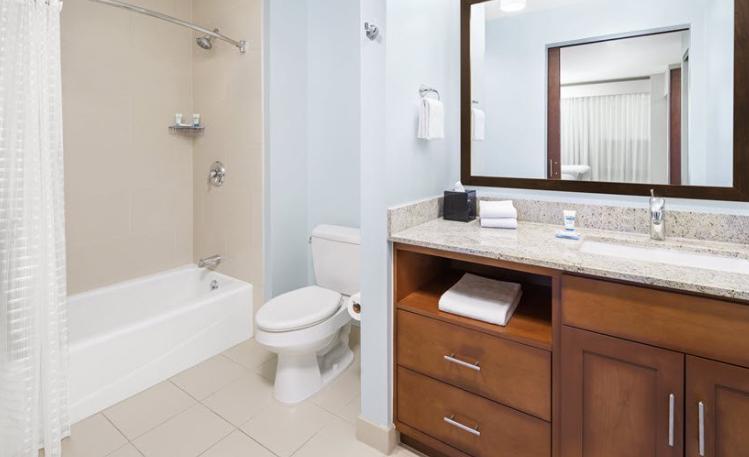 https://www.hotelsbyday.com/_data/default-hotel_image/3/18664/dyd.png