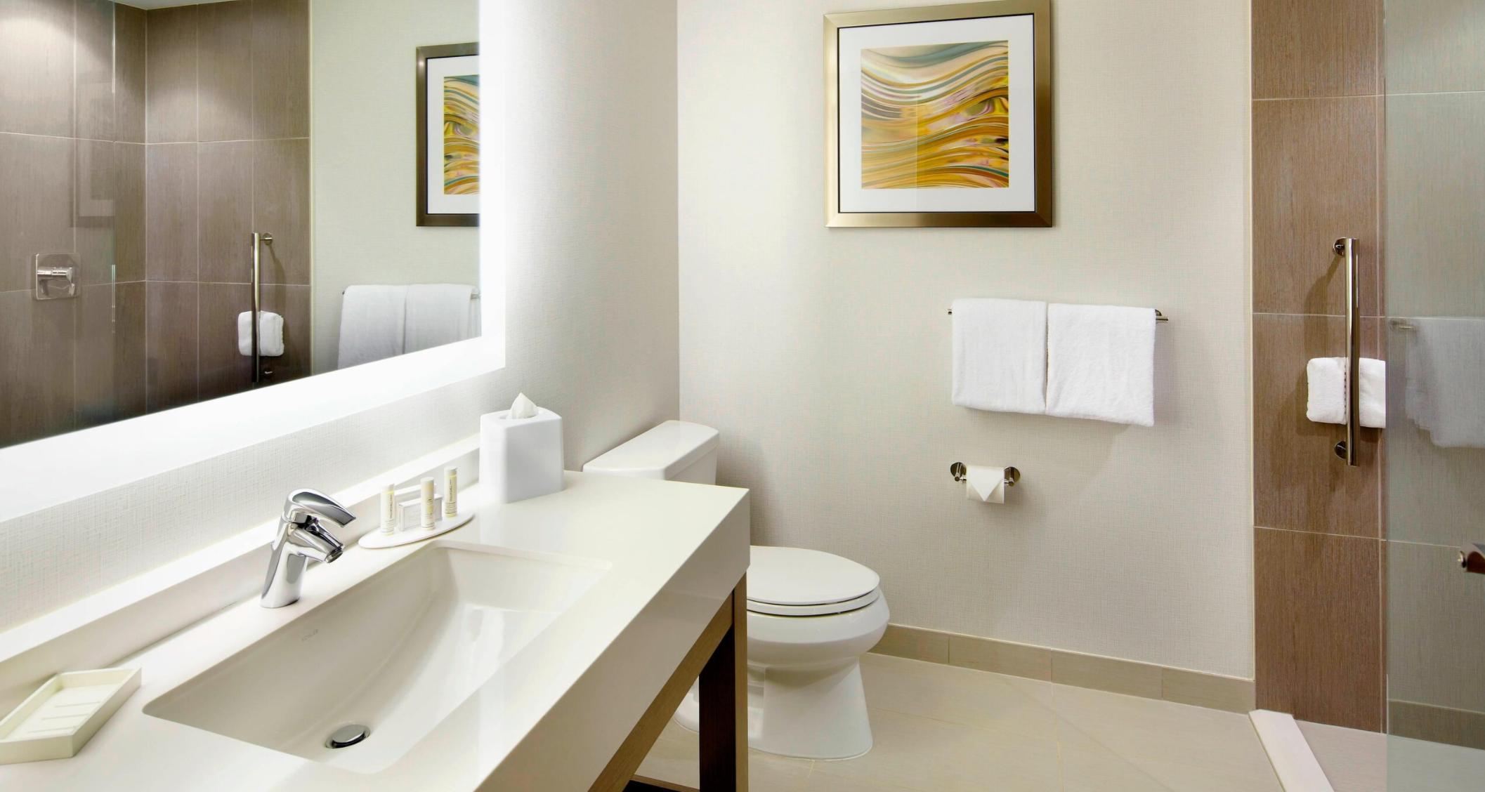 https://www.hotelsbyday.com/_data/default-hotel_image/3/18695/screenshot-2020-06-13-at-7-33-26-pm.png