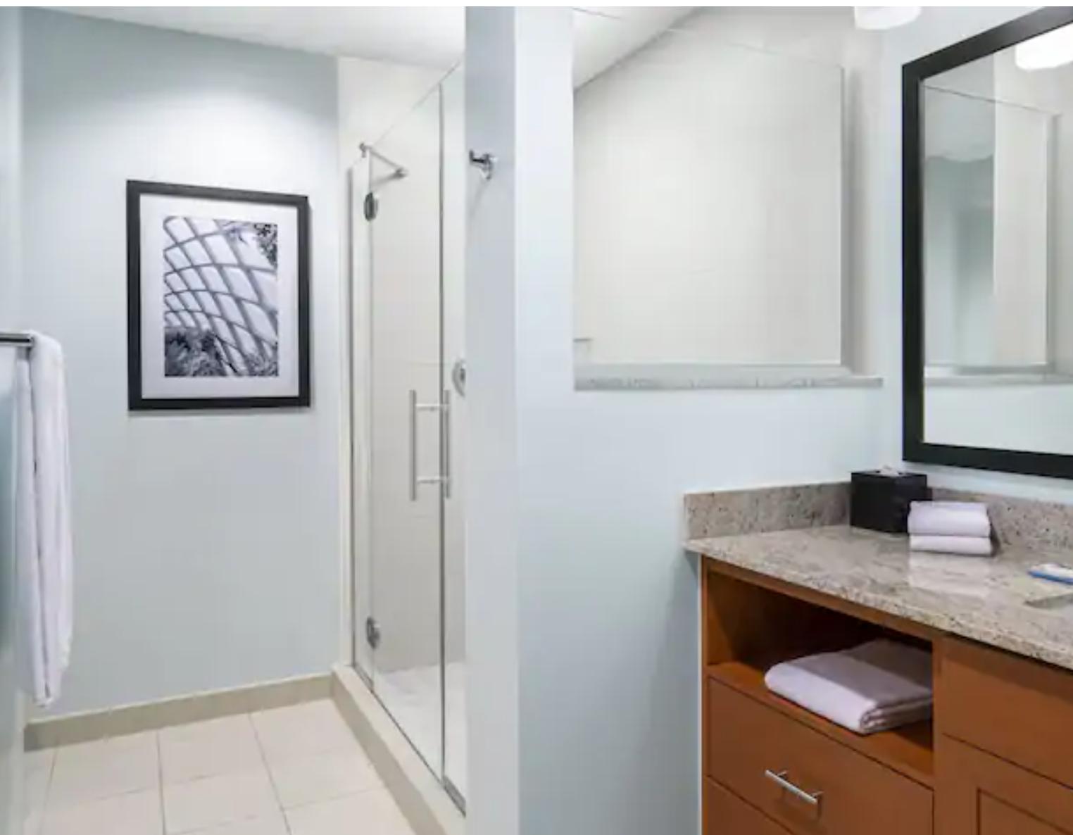 https://www.hotelsbyday.com/_data/default-hotel_image/3/18714/screenshot-2020-06-14-at-6-40-37-am.png