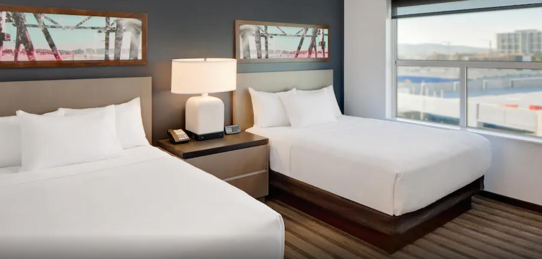 https://www.hotelsbyday.com/_data/default-hotel_image/3/18724/screenshot-2020-06-14-at-6-52-25-am.png