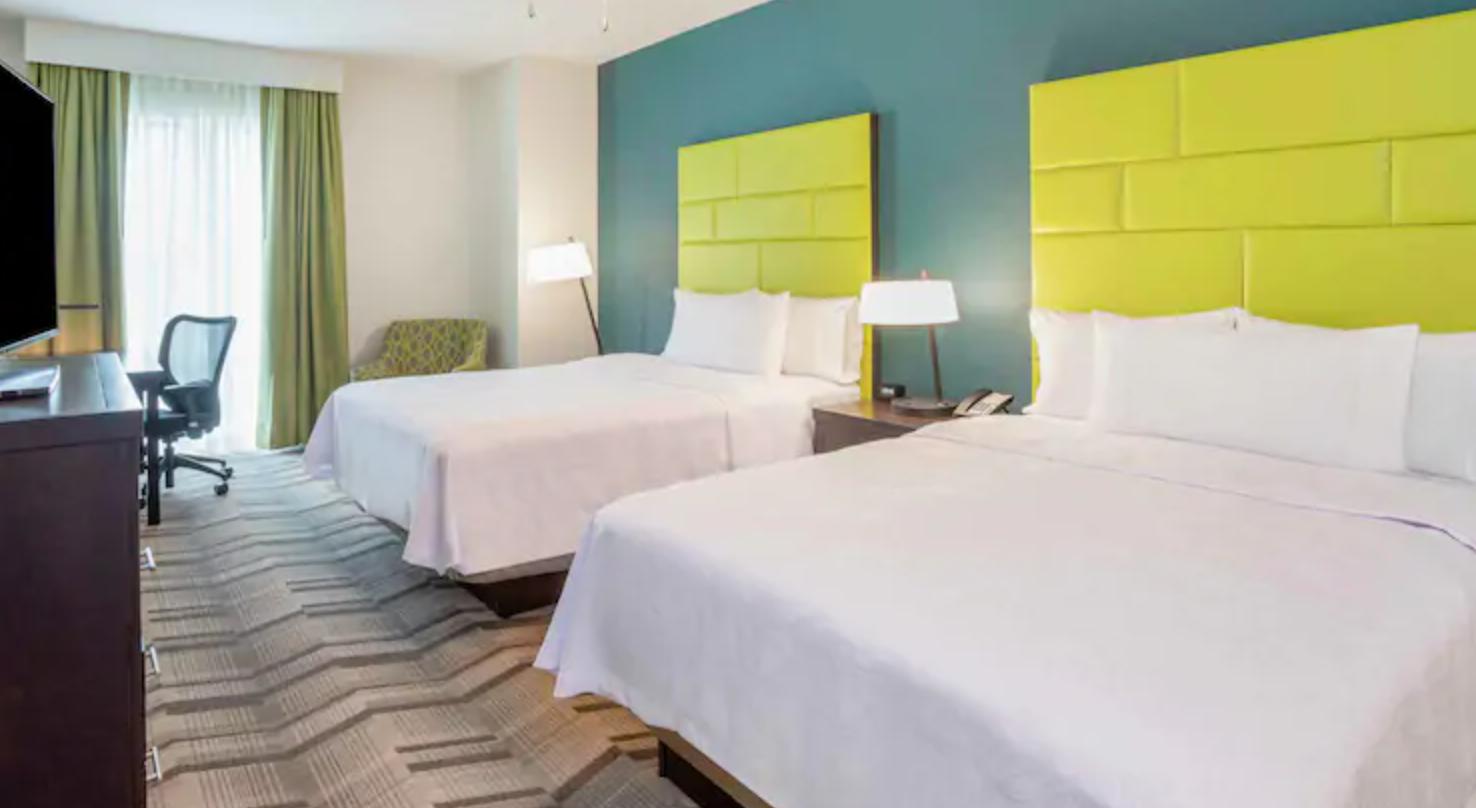 https://www.hotelsbyday.com/_data/default-hotel_image/3/18732/screenshot-2020-06-14-at-7-01-44-am.png