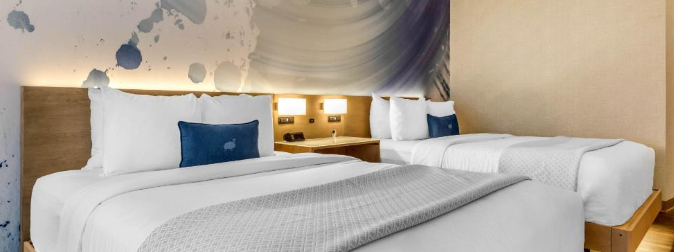 https://www.hotelsbyday.com/_data/default-hotel_image/3/18827/screenshot-2020-06-15-at-12-44-52-pm.png
