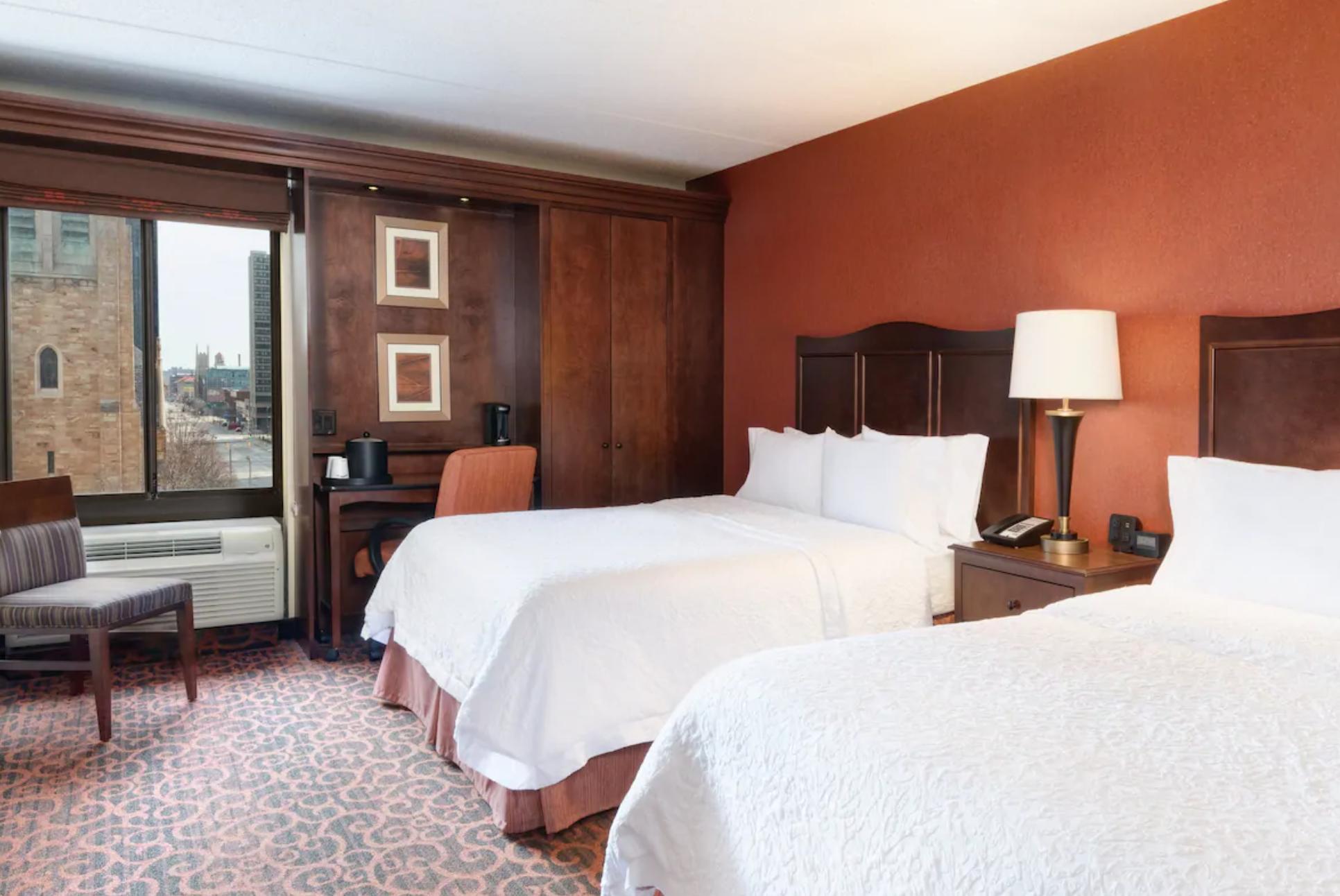 https://www.hotelsbyday.com/_data/default-hotel_image/3/18854/screenshot-2020-06-15-at-1-12-10-pm.png