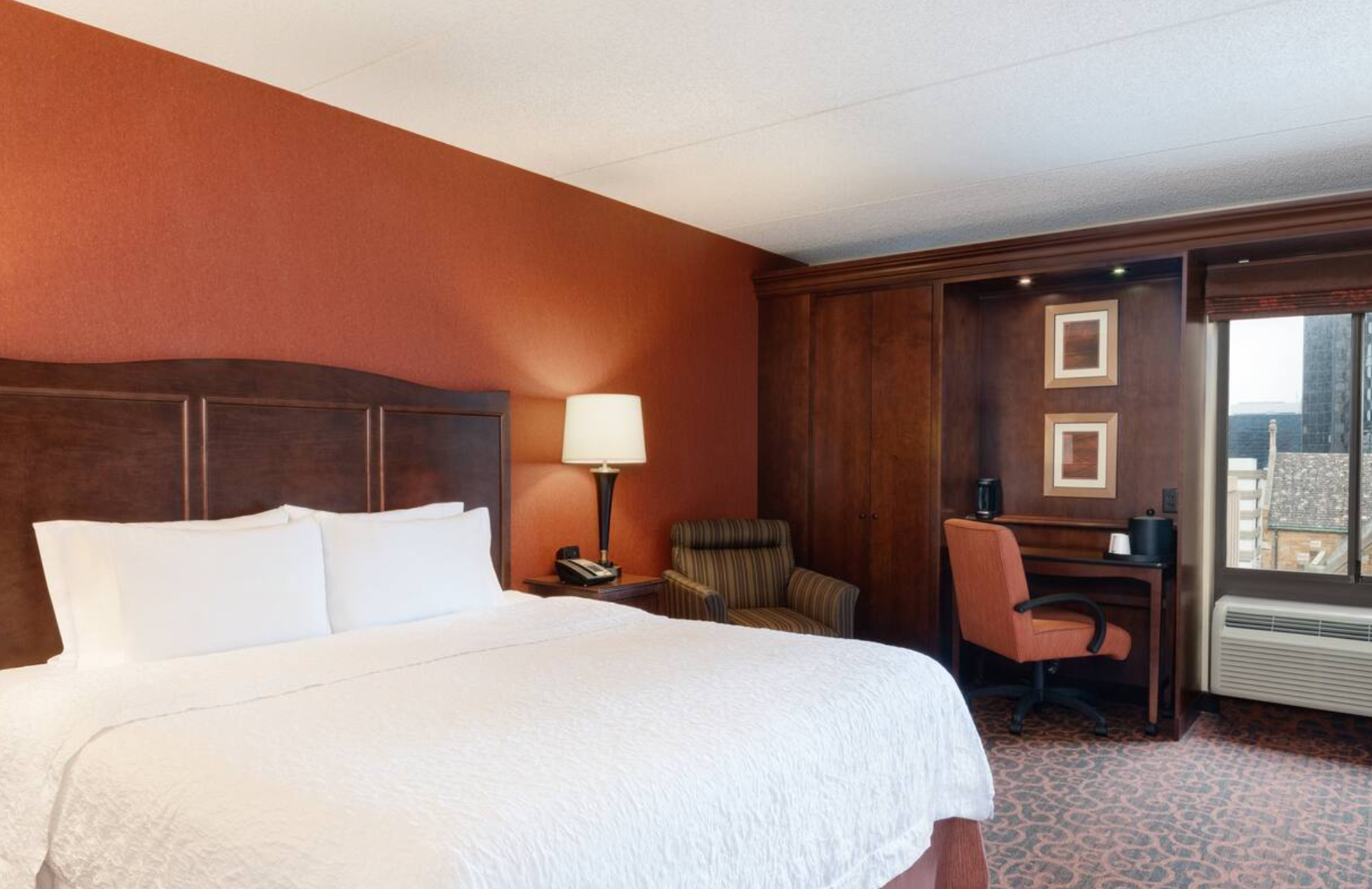 https://www.hotelsbyday.com/_data/default-hotel_image/3/18856/screenshot-2020-06-15-at-1-09-40-pm.png