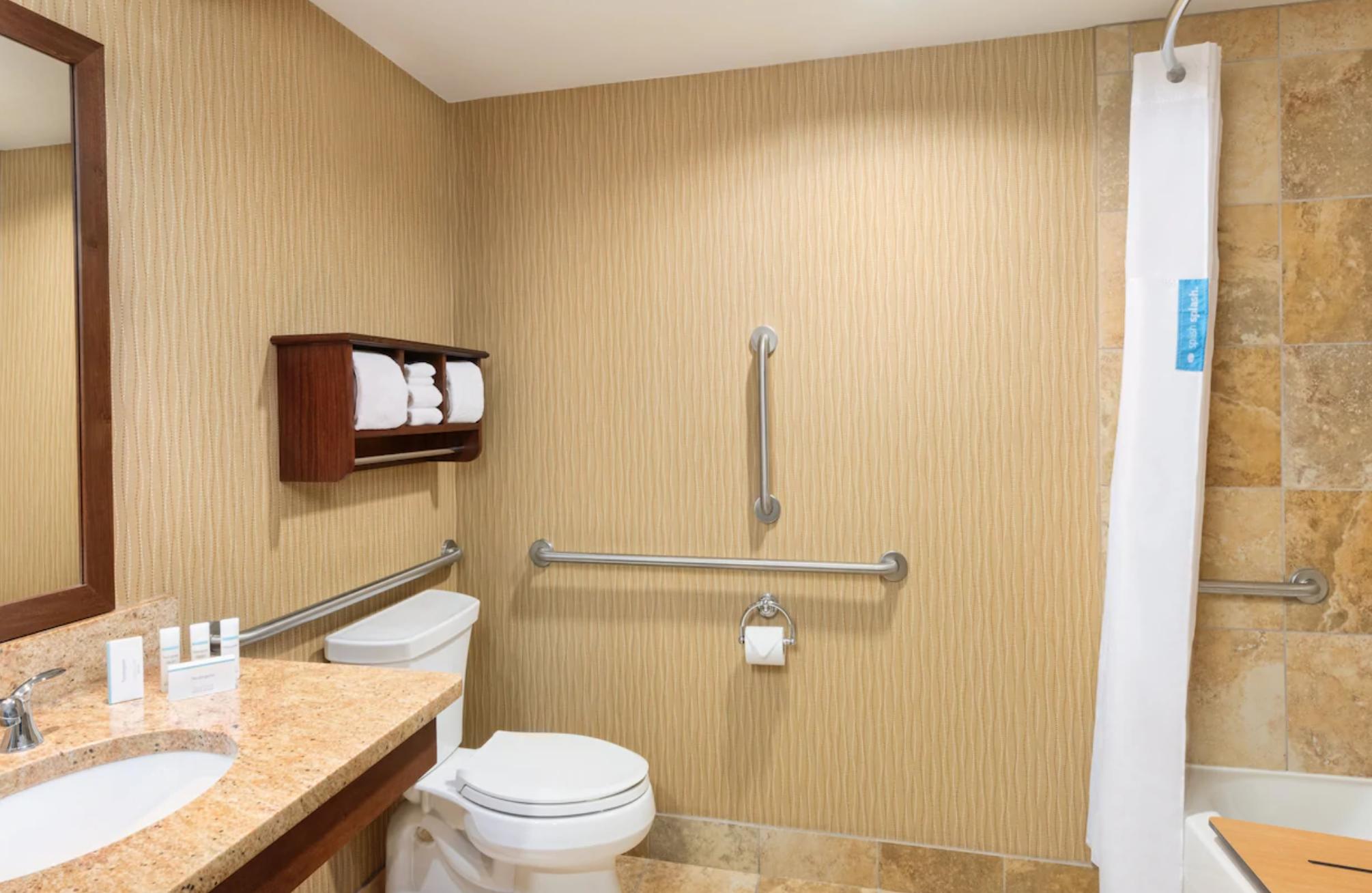 https://www.hotelsbyday.com/_data/default-hotel_image/3/18857/screenshot-2020-06-15-at-1-10-27-pm.png