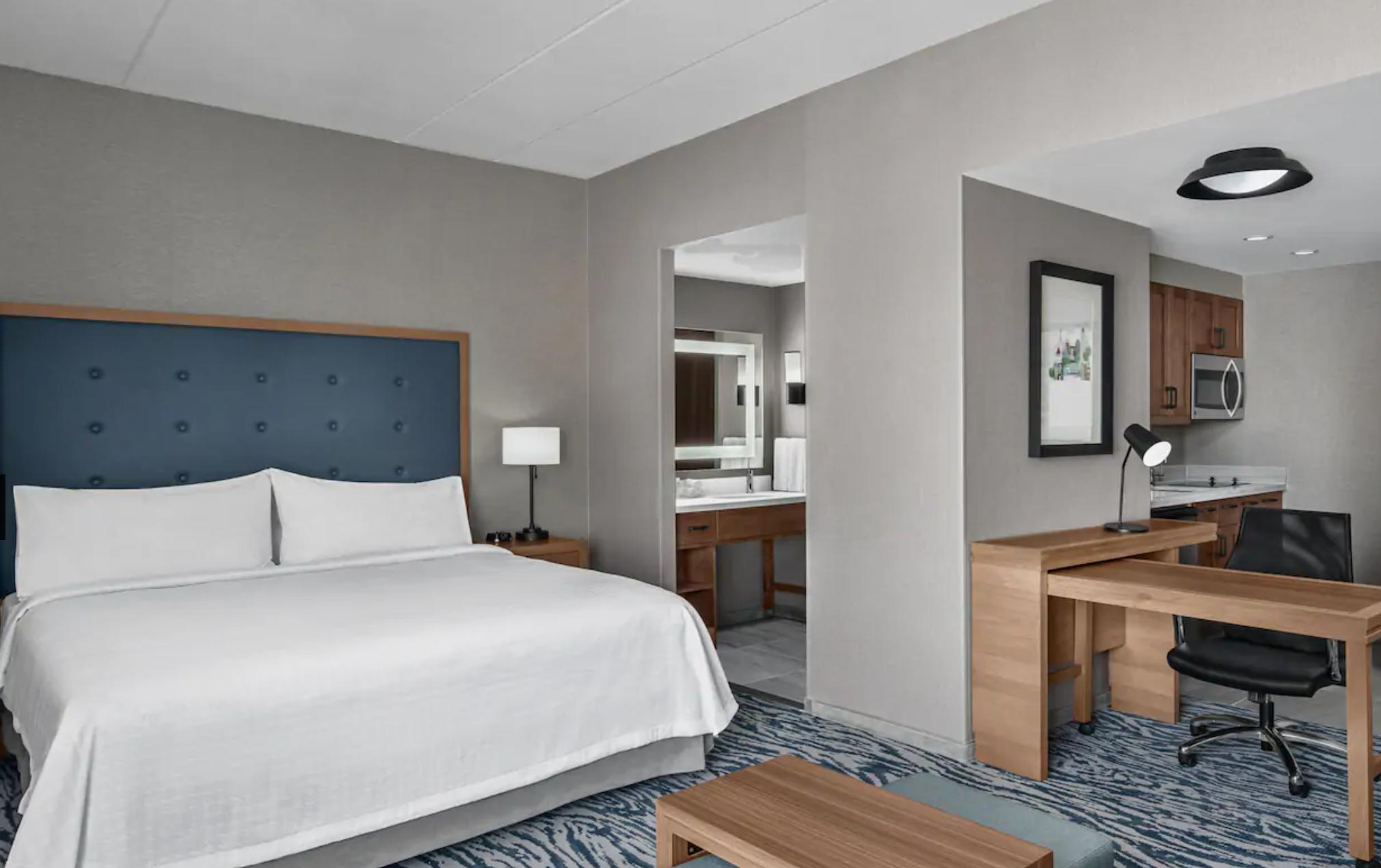 https://www.hotelsbyday.com/_data/default-hotel_image/3/18970/screenshot-2020-06-19-at-4-05-46-pm.png
