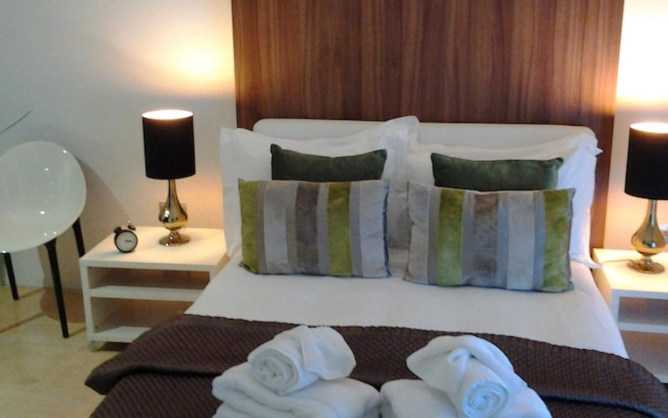 https://www.hotelsbyday.com/_data/default-hotel_image/3/18985/screenshot-2020-06-19-at-4-34-38-pm.png