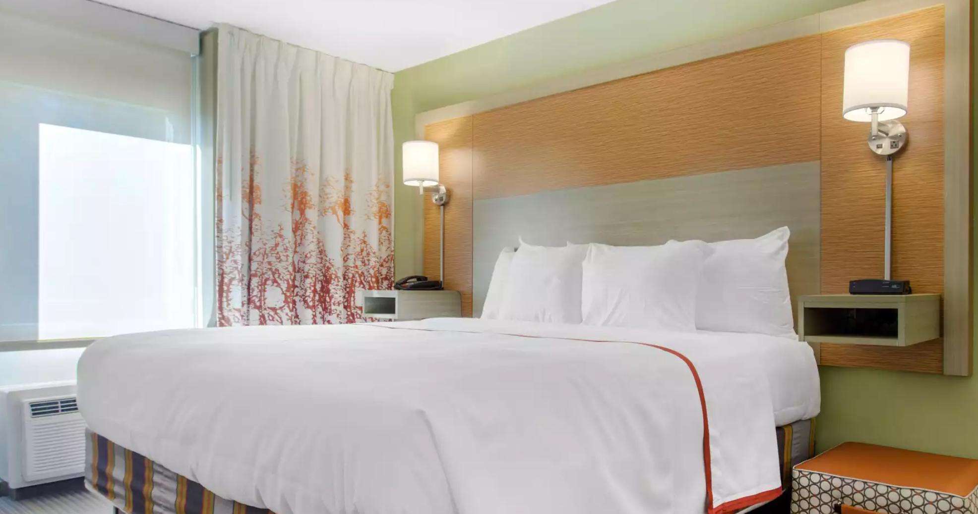https://www.hotelsbyday.com/_data/default-hotel_image/3/19078/screenshot-2020-06-23-at-2-53-52-pm.png