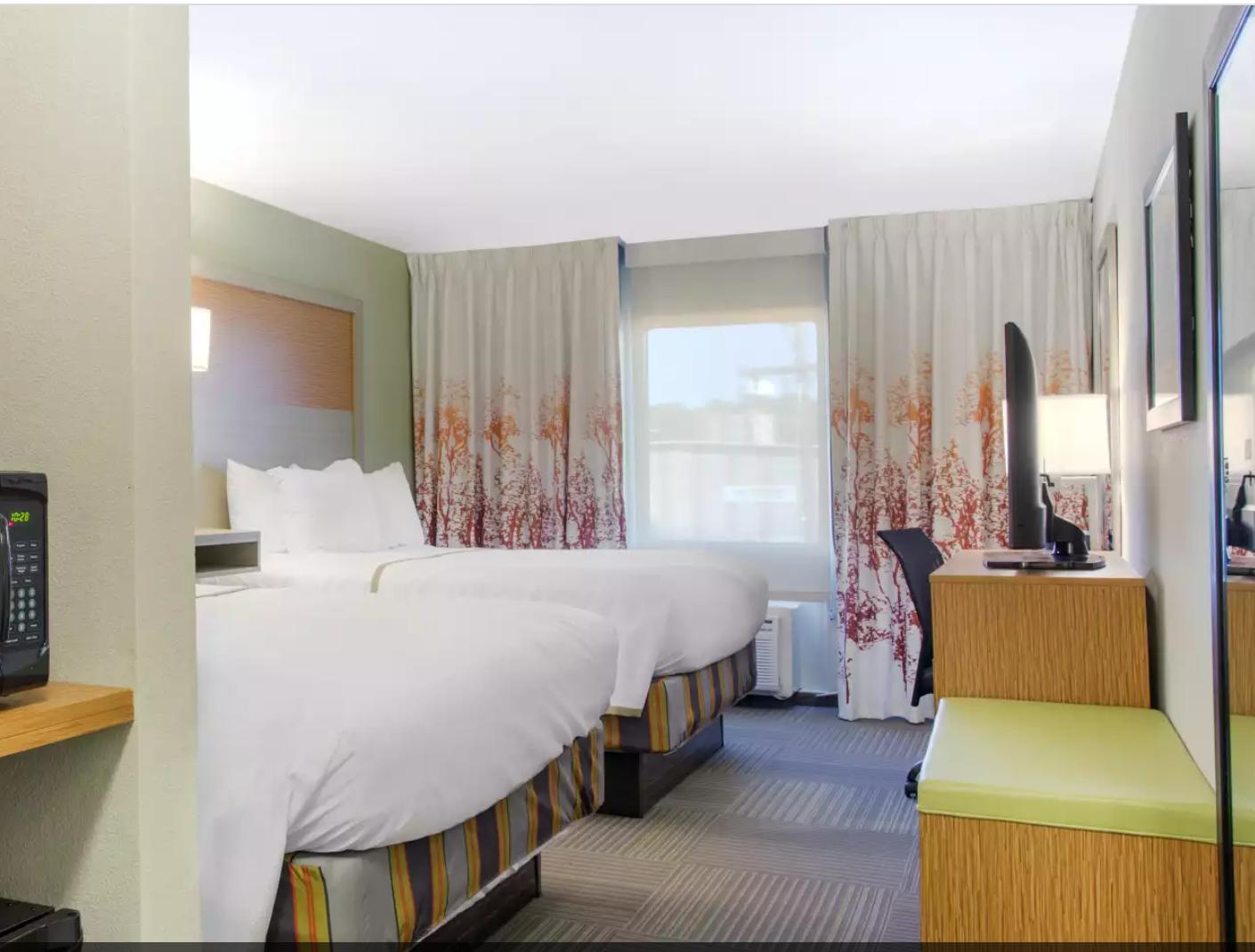 https://www.hotelsbyday.com/_data/default-hotel_image/3/19083/screenshot-2020-06-23-at-2-54-33-pm.png