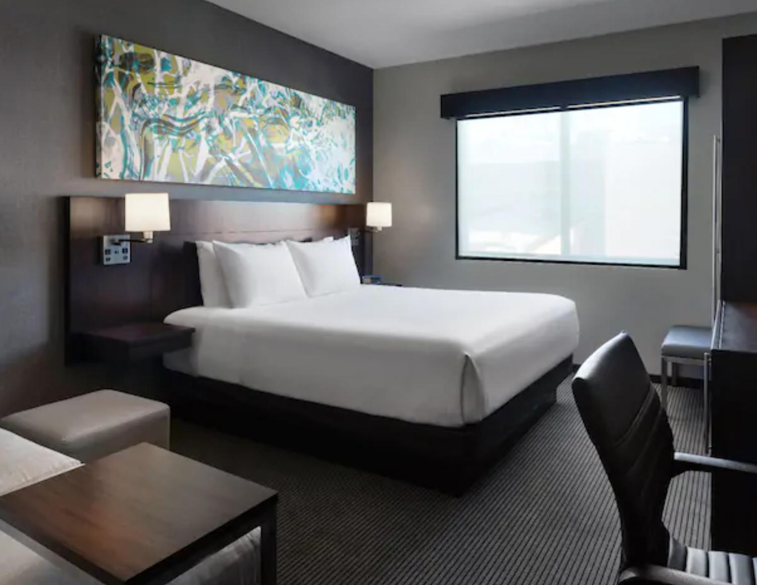 https://www.hotelsbyday.com/_data/default-hotel_image/3/19218/screenshot-2020-06-29-at-11-39-49-am.png