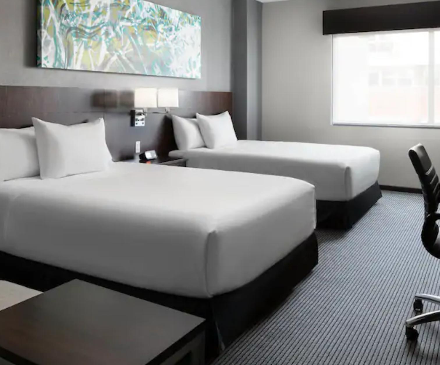 https://www.hotelsbyday.com/_data/default-hotel_image/3/19224/screenshot-2020-06-29-at-11-40-18-am.png