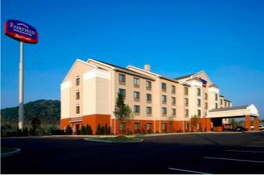 https://www.hotelsbyday.com/_data/default-hotel_image/3/19495/screen-shot-2020-07-14-at-1-44-53-pm.png