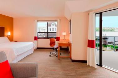 https://www.hotelsbyday.com/_data/default-hotel_image/3/19642/screen-shot-2020-07-22-at-12-29-17-pm.png
