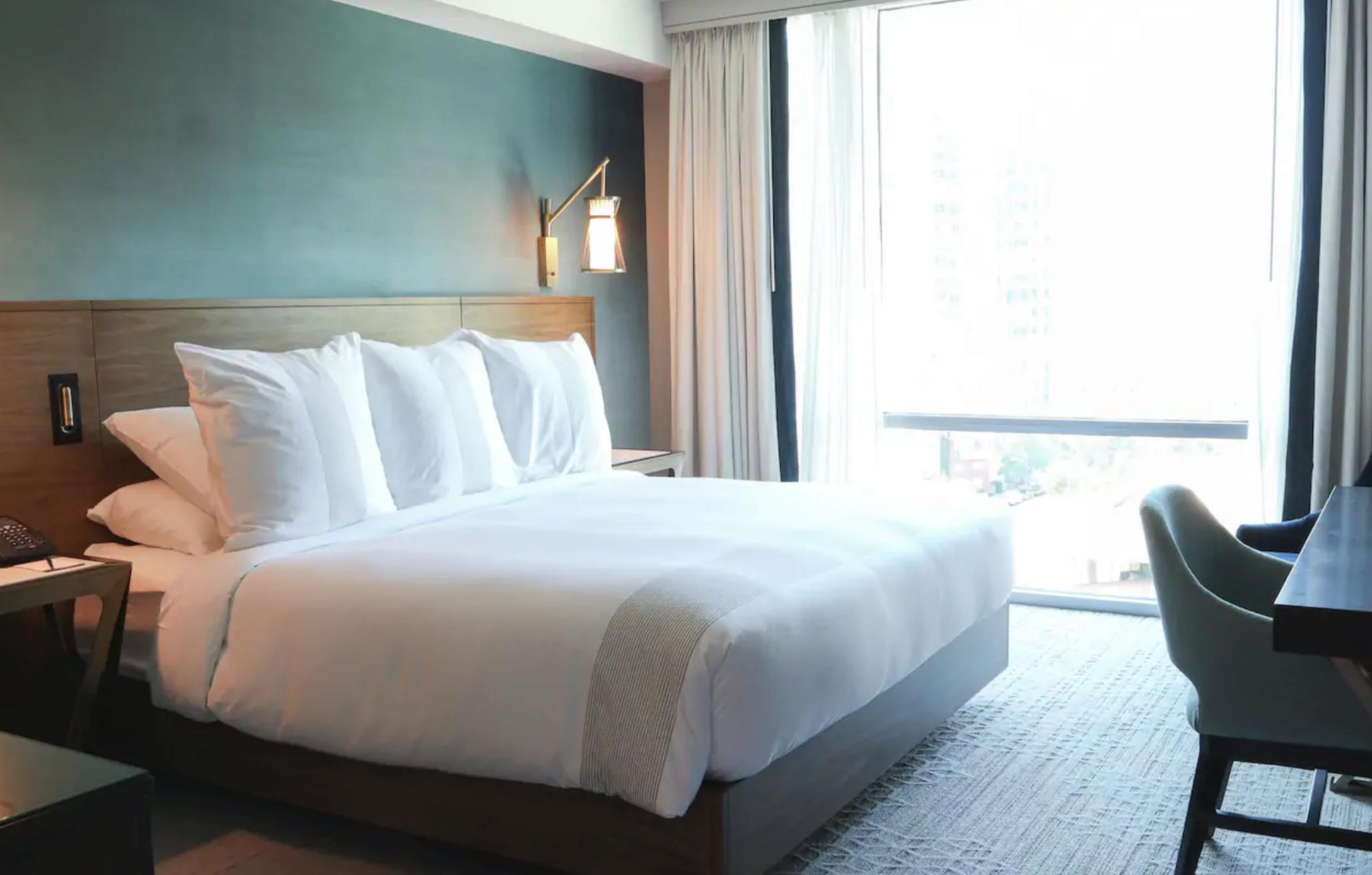 https://www.hotelsbyday.com/_data/default-hotel_image/3/19911/screenshot-2020-07-31-at-11-27-07-pm.png