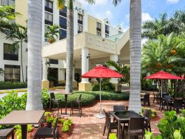 Hotel Hyatt Place Fort Lauderdale Cruise Port image