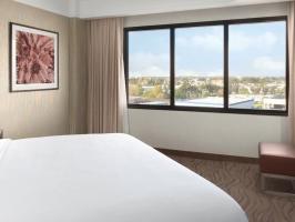 Hotel Embassy Suites Irvine image