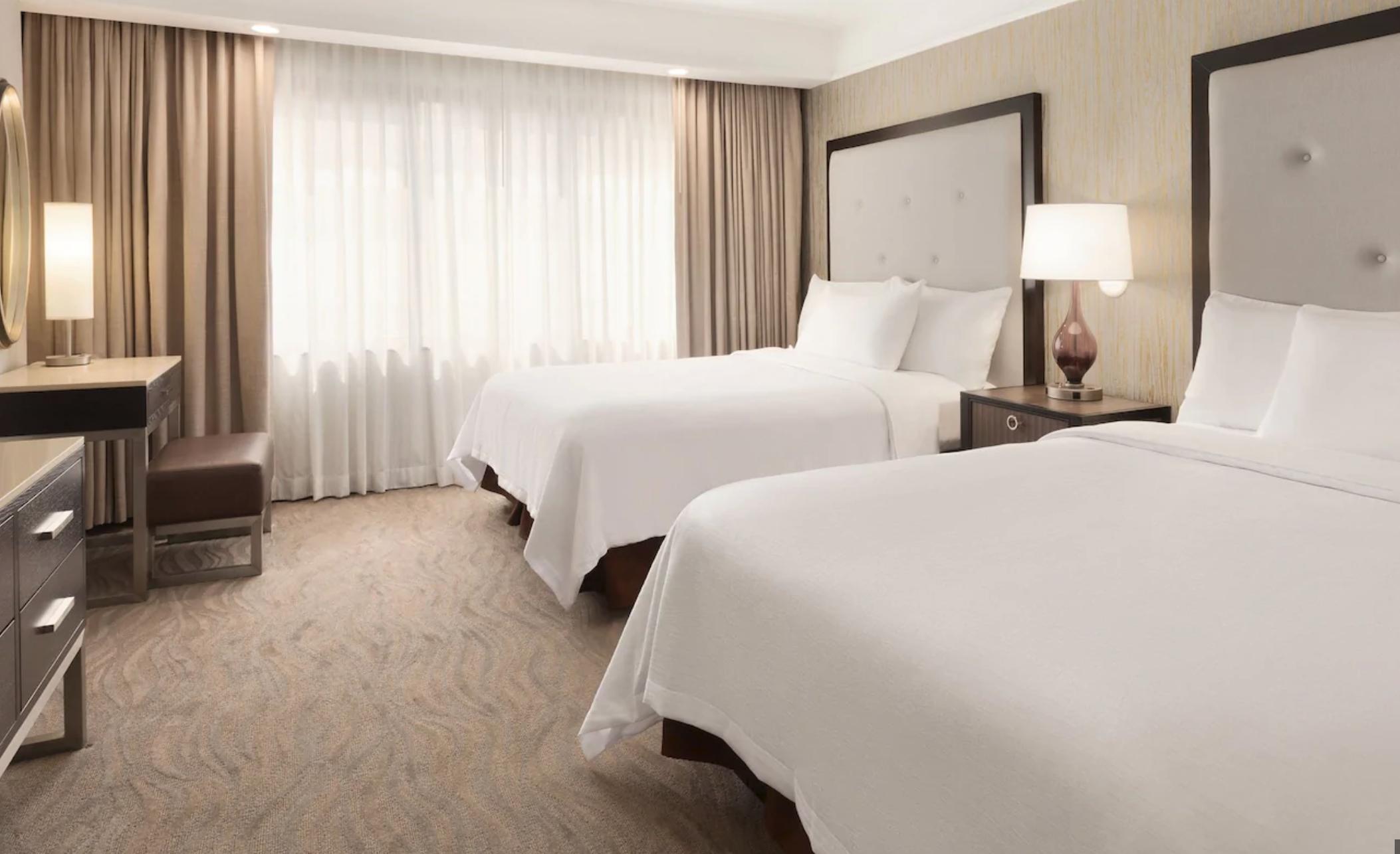 https://www.hotelsbyday.com/_data/default-hotel_image/4/20195/screenshot-2020-08-08-at-10-30-03-pm.png