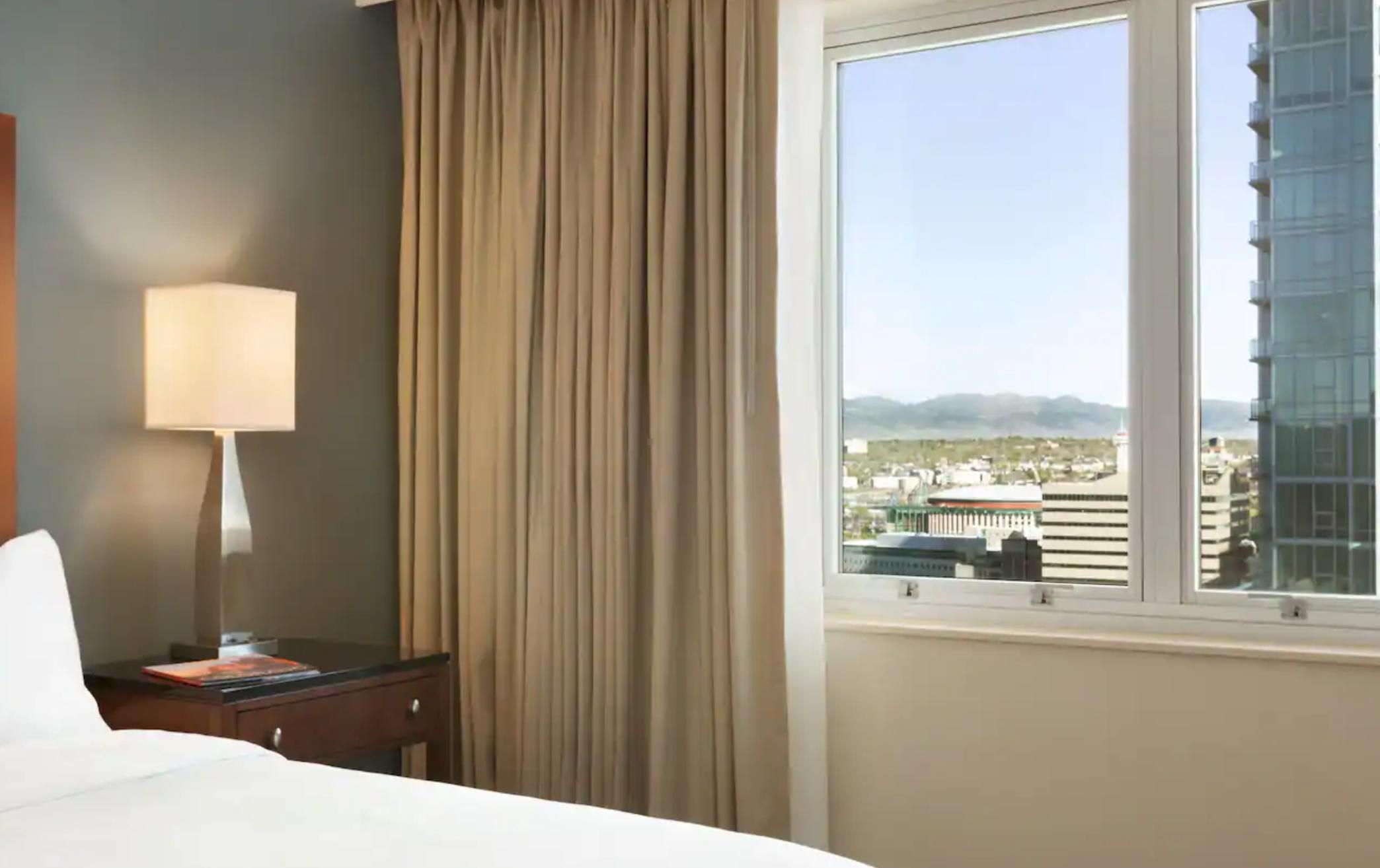 https://www.hotelsbyday.com/_data/default-hotel_image/4/20214/screenshot-2020-08-08-at-10-51-03-pm.png
