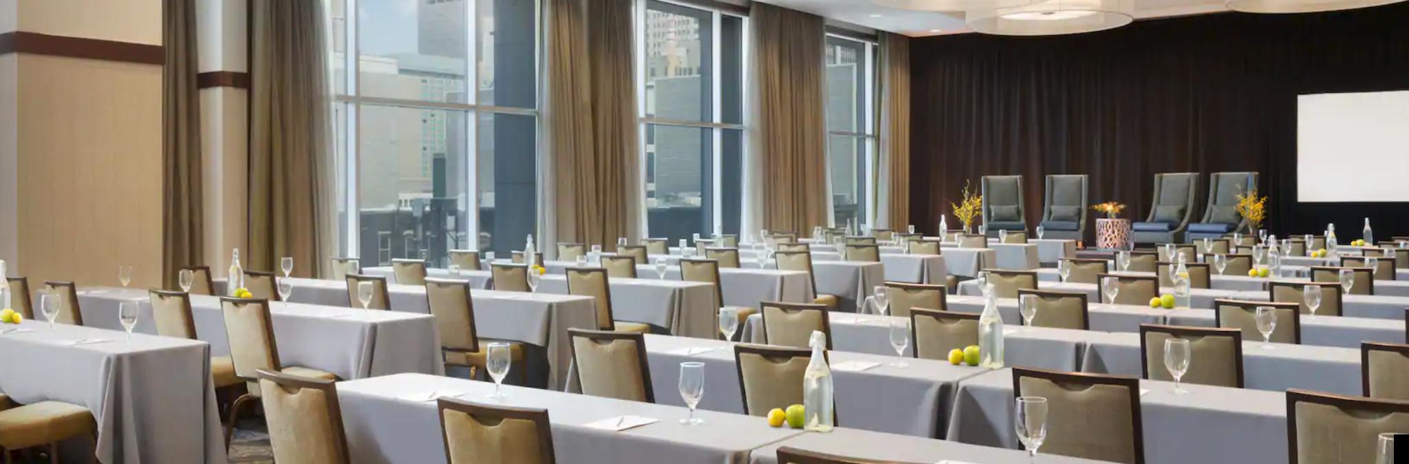 https://www.hotelsbyday.com/_data/default-hotel_image/4/20216/screenshot-2020-08-08-at-10-53-38-pm.png