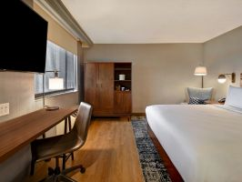 Hotel Four Points By Sheraton Boston-Newton image
