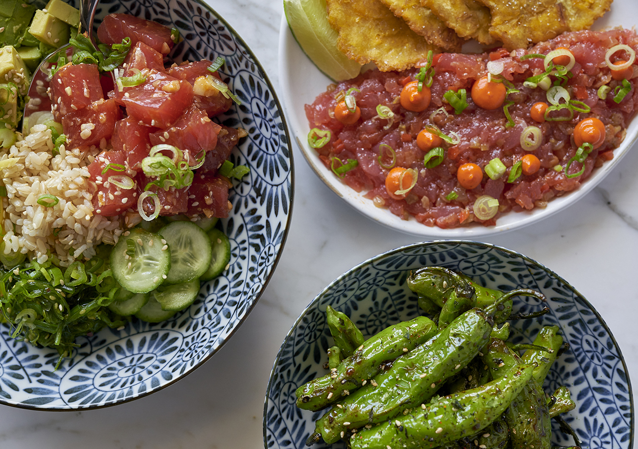 https://www.hotelsbyday.com/_data/default-hotel_image/4/20291/yellowfin-tuna-tostones-shishito-peppers-ahi-tuna-poke-1280x900.jpg