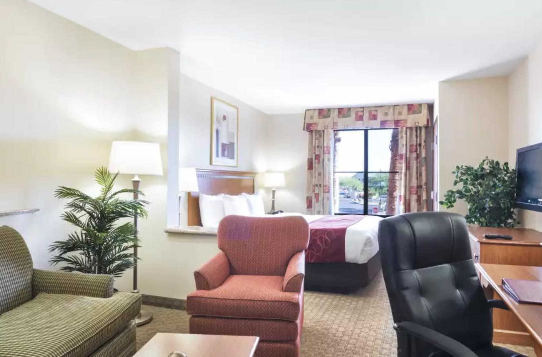 https://www.hotelsbyday.com/_data/default-hotel_image/4/20456/screenshot-2020-08-13-at-12-31-21-pm.png