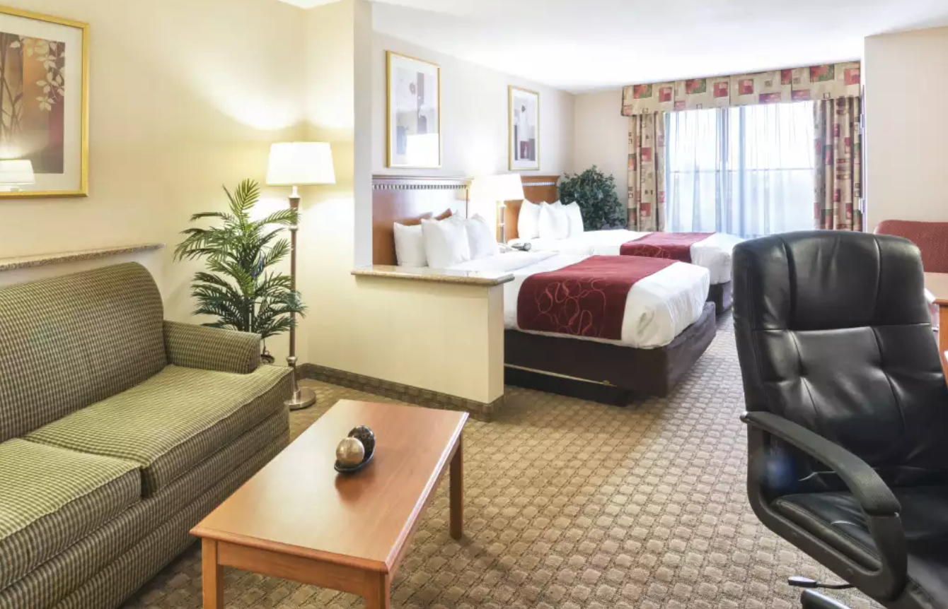 https://www.hotelsbyday.com/_data/default-hotel_image/4/20463/screenshot-2020-08-13-at-12-31-30-pm.png