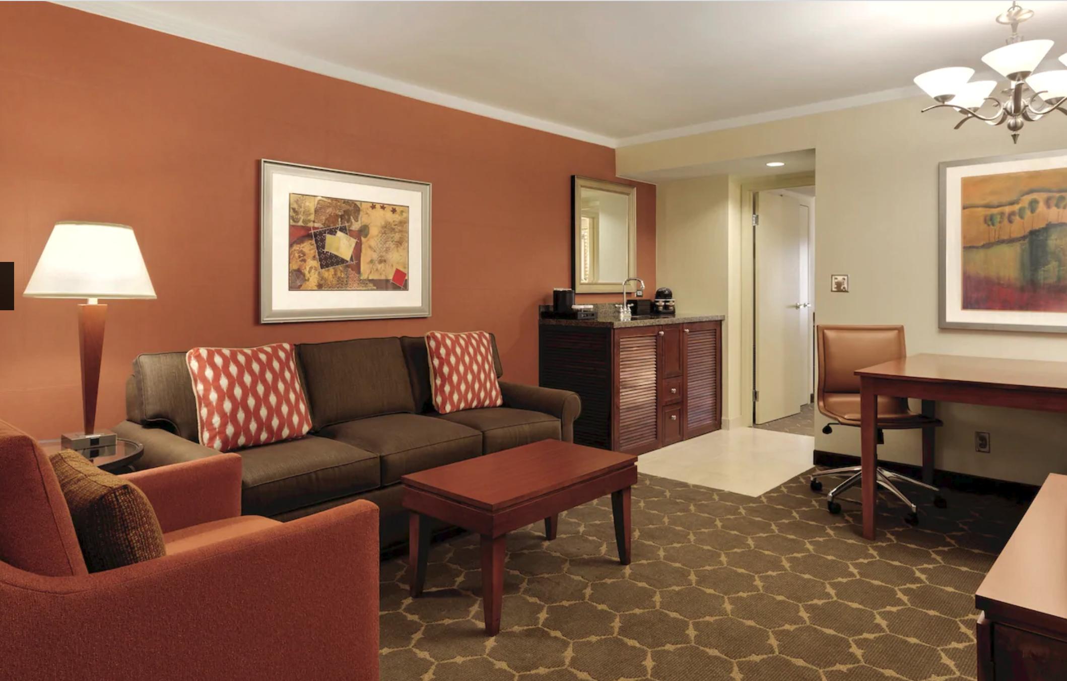 https://www.hotelsbyday.com/_data/default-hotel_image/4/20494/screenshot-2020-08-13-at-1-28-20-pm.png