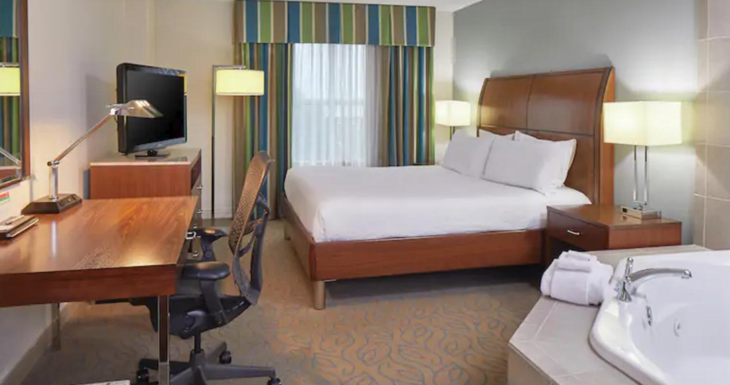 https://www.hotelsbyday.com/_data/default-hotel_image/4/20503/screenshot-2020-08-13-at-2-05-17-pm.png