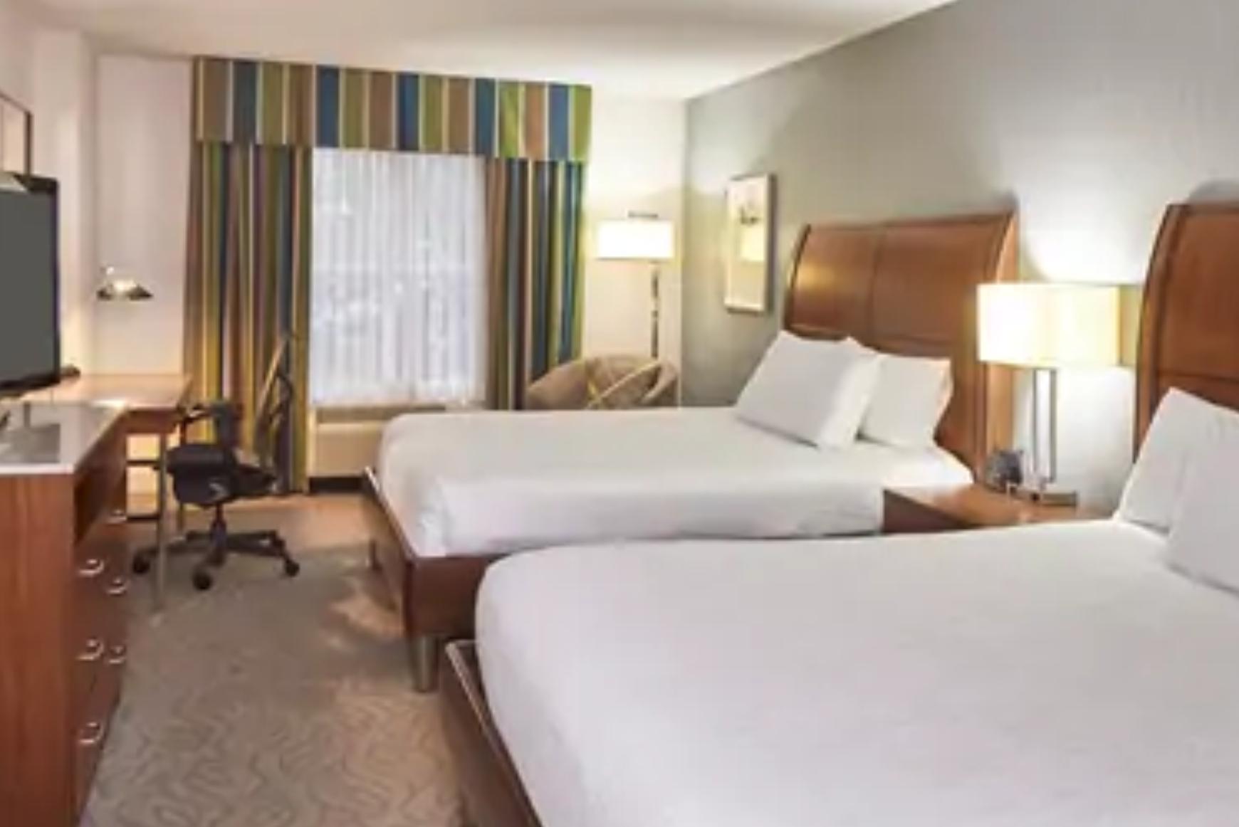 https://www.hotelsbyday.com/_data/default-hotel_image/4/20507/screenshot-2020-08-13-at-1-55-44-pm.png