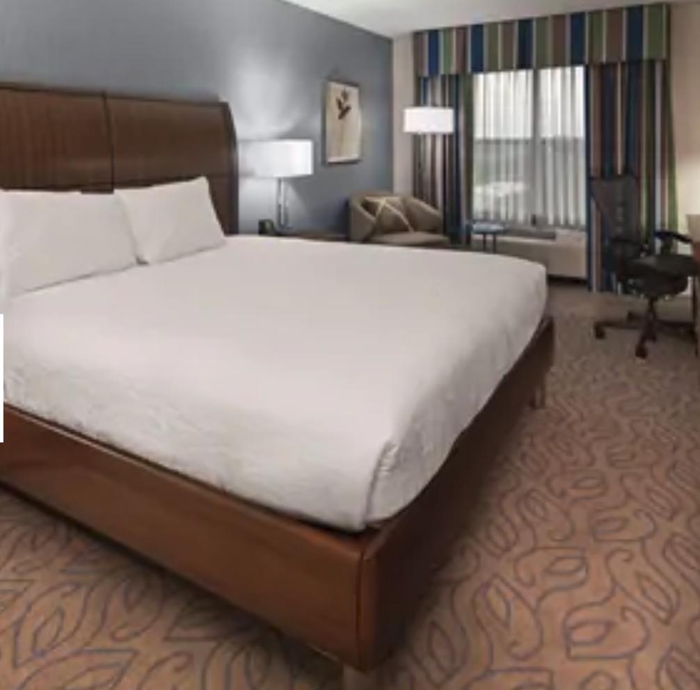 https://www.hotelsbyday.com/_data/default-hotel_image/4/20509/screenshot-2020-08-13-at-1-53-48-pm.png