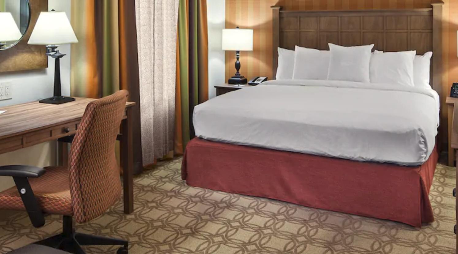 https://www.hotelsbyday.com/_data/default-hotel_image/4/20515/screenshot-2020-08-13-at-2-19-00-pm.png