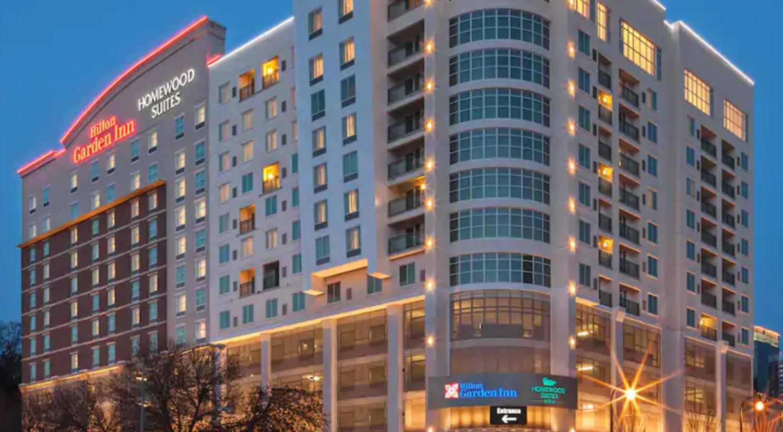 https://www.hotelsbyday.com/_data/default-hotel_image/4/20520/screenshot-2020-08-13-at-2-18-39-pm.png