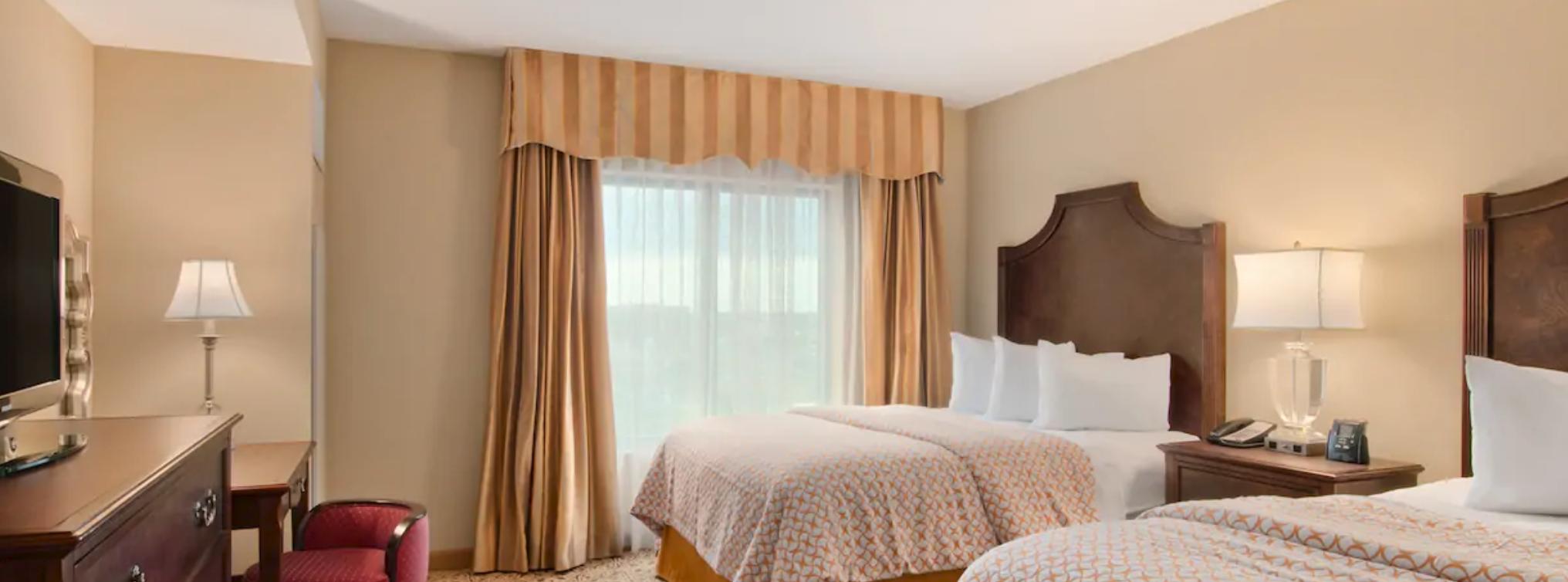 https://www.hotelsbyday.com/_data/default-hotel_image/4/20556/screenshot-2020-08-14-at-12-37-48-pm.png