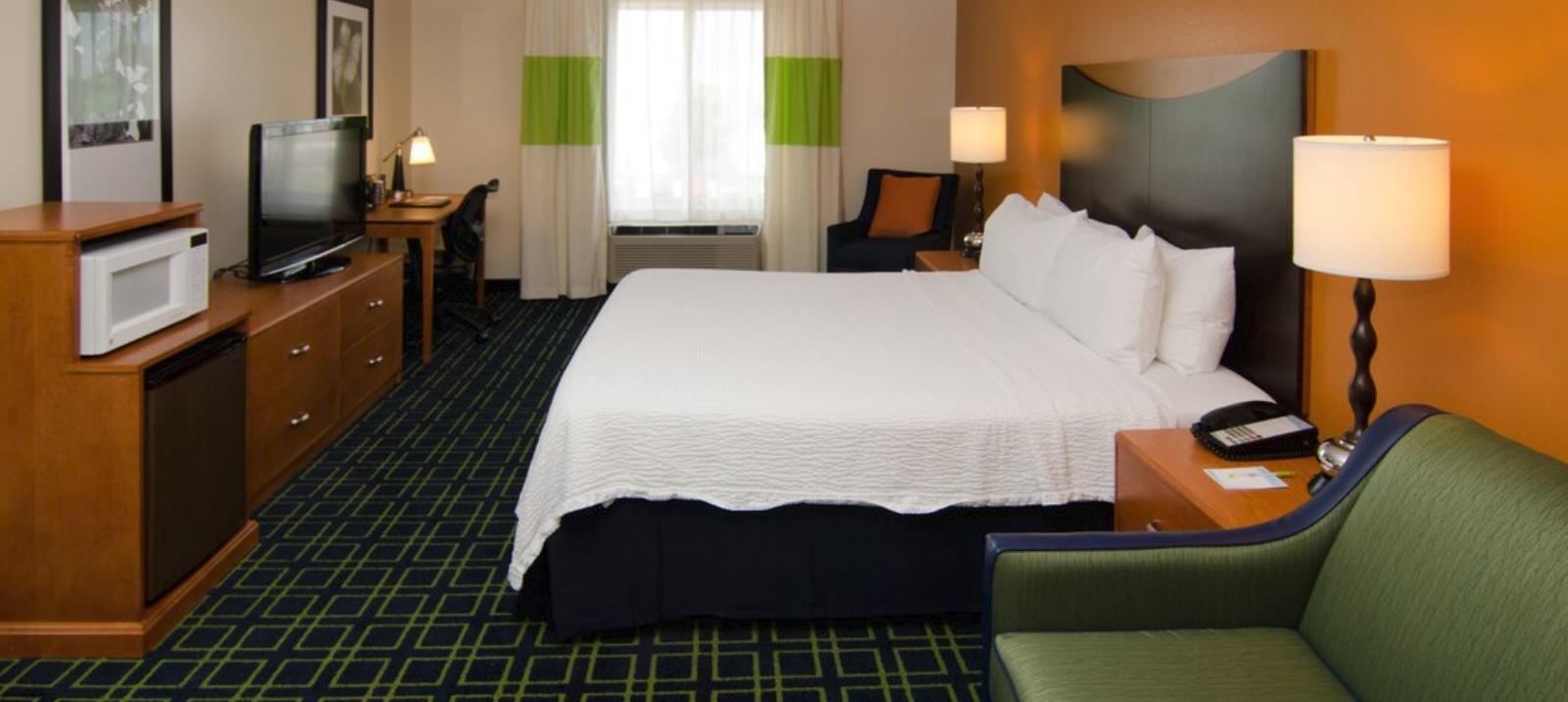 https://www.hotelsbyday.com/_data/default-hotel_image/4/20560/screenshot-2020-08-14-at-12-50-50-pm.png