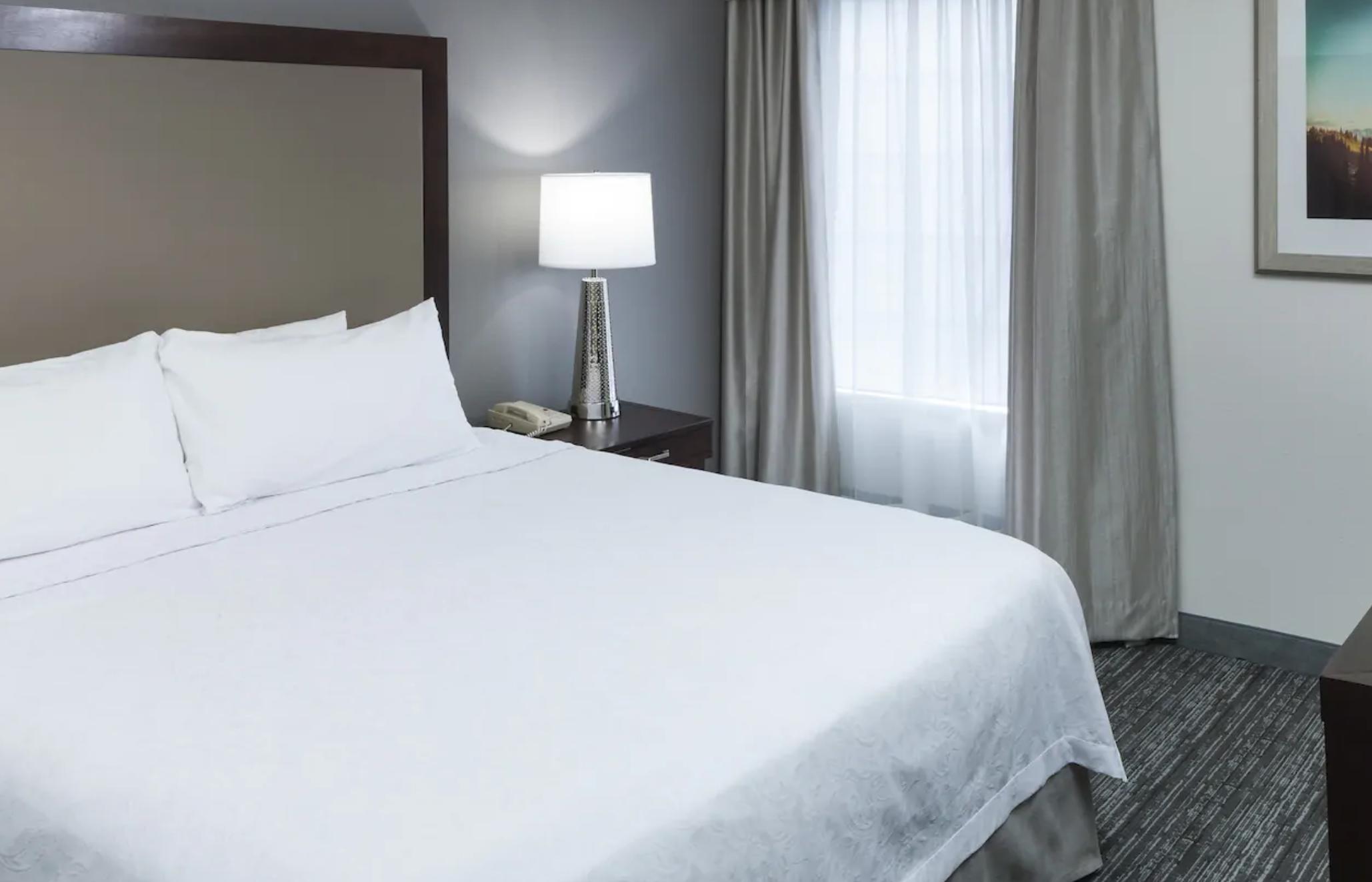 https://www.hotelsbyday.com/_data/default-hotel_image/4/20655/screenshot-2020-08-16-at-10-55-25-am.png