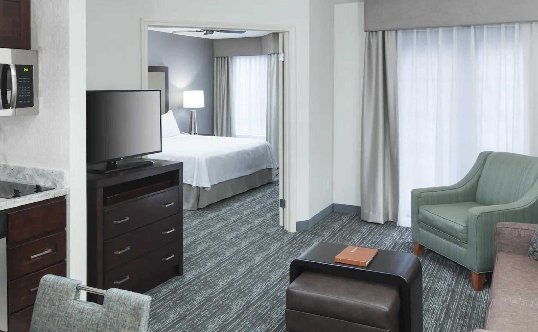 https://www.hotelsbyday.com/_data/default-hotel_image/4/20661/screenshot-2020-08-16-at-10-55-11-am.png