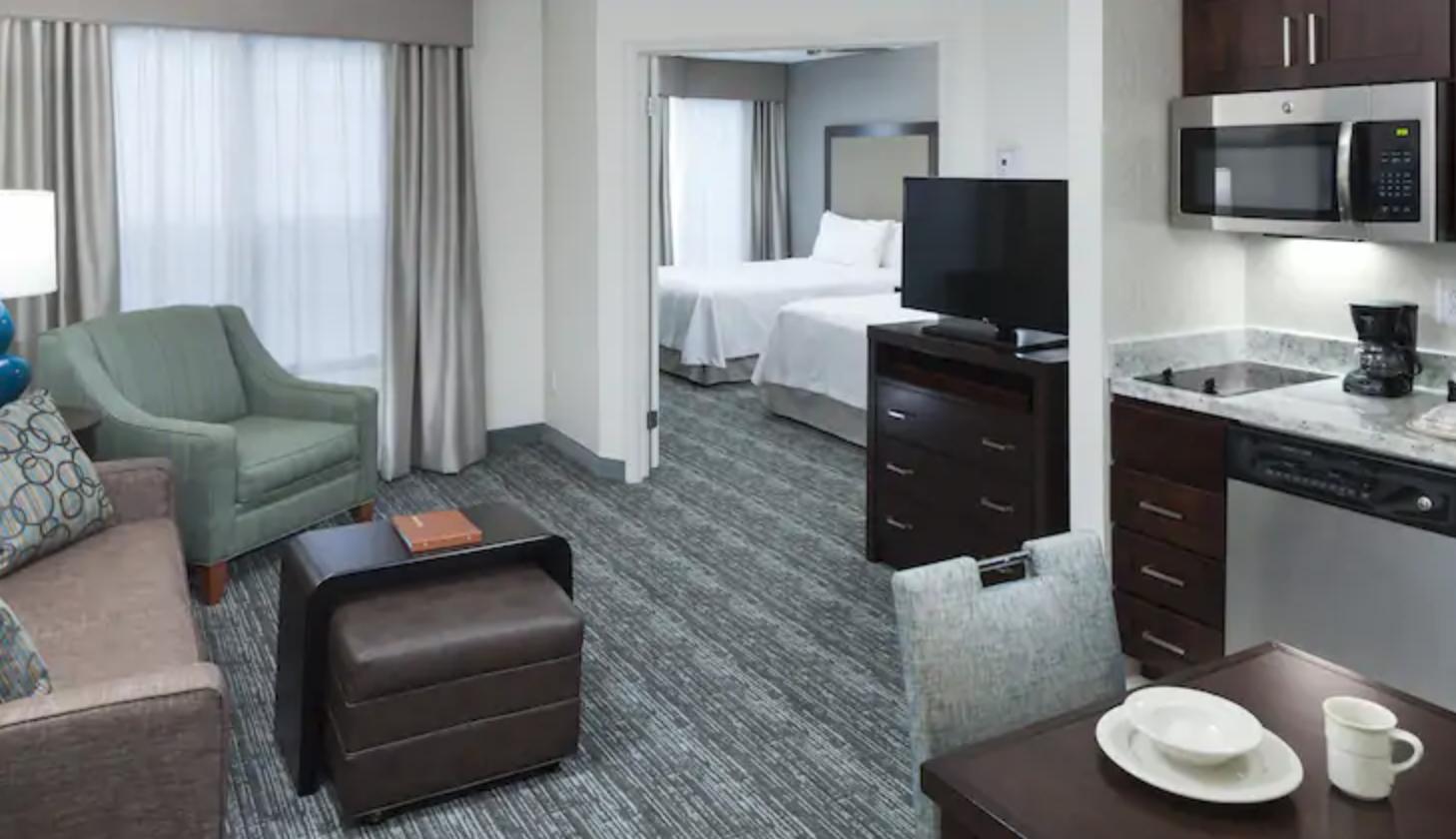 https://www.hotelsbyday.com/_data/default-hotel_image/4/20663/screenshot-2020-08-16-at-10-54-23-am.png