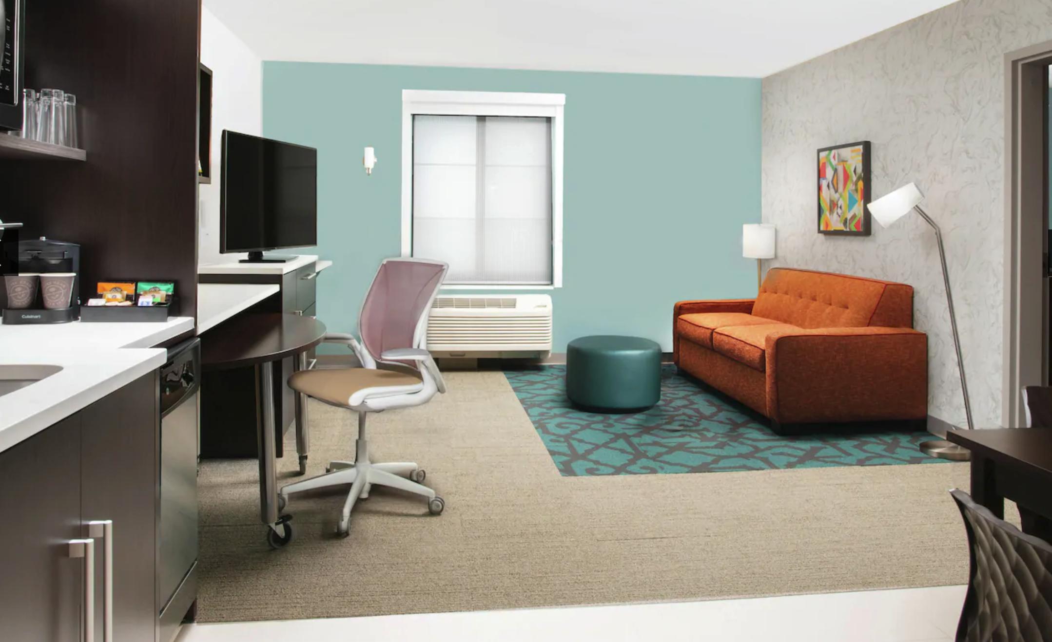 https://www.hotelsbyday.com/_data/default-hotel_image/4/20774/screenshot-2020-08-16-at-1-08-41-pm.png