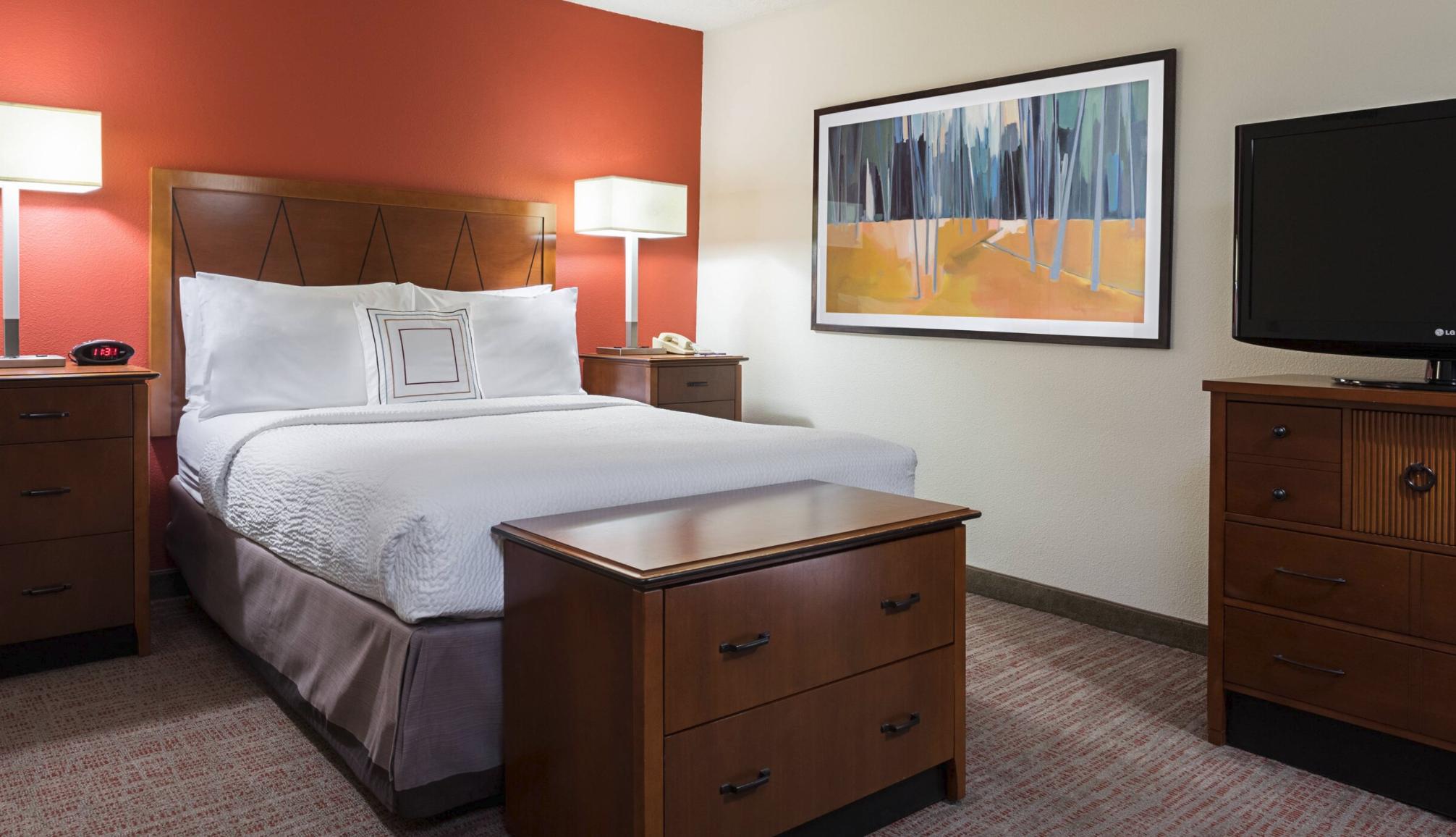 https://www.hotelsbyday.com/_data/default-hotel_image/4/21081/screenshot-2020-08-19-at-6-49-40-pm.png