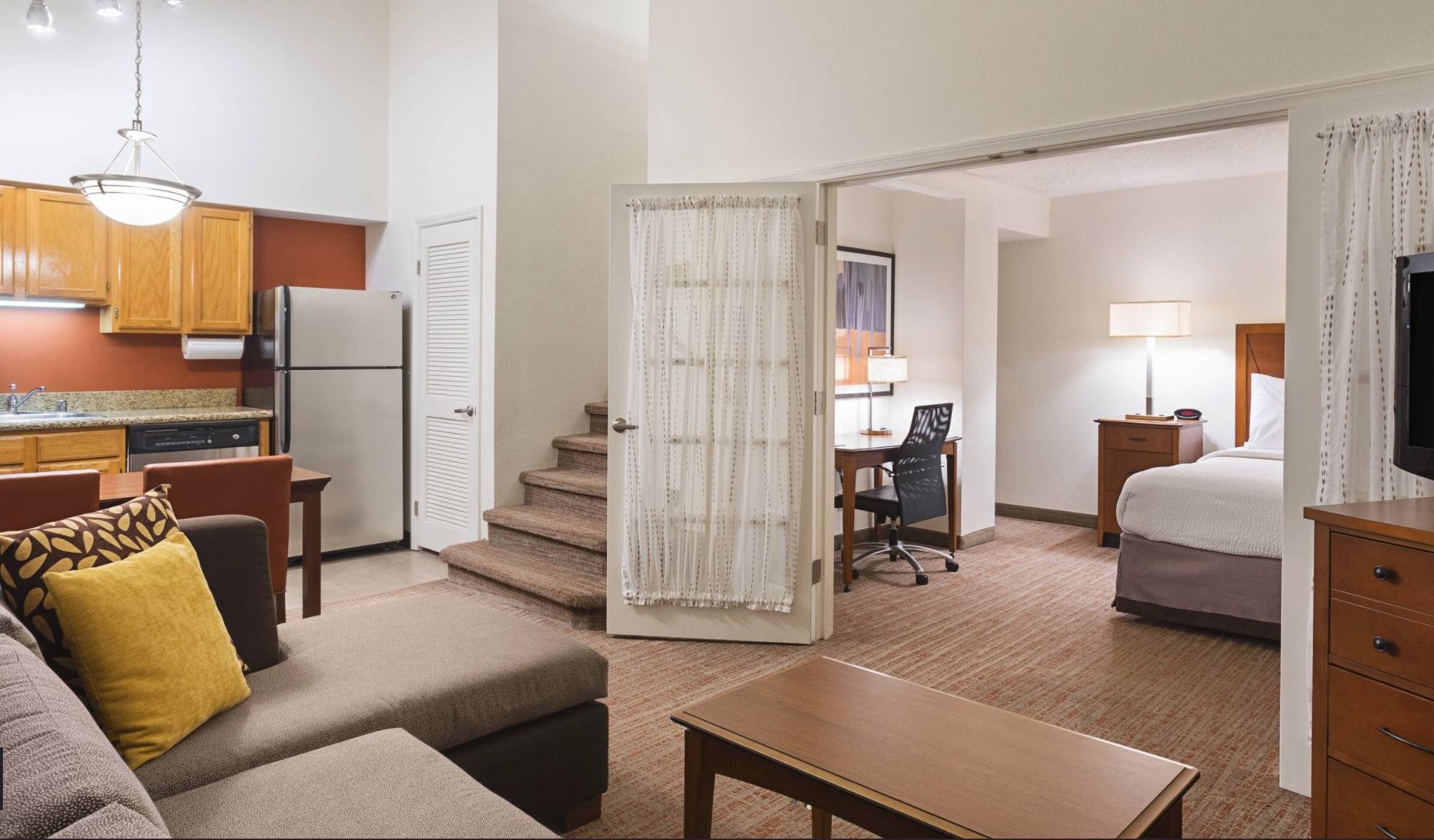 https://www.hotelsbyday.com/_data/default-hotel_image/4/21082/screenshot-2020-08-19-at-6-48-54-pm.png